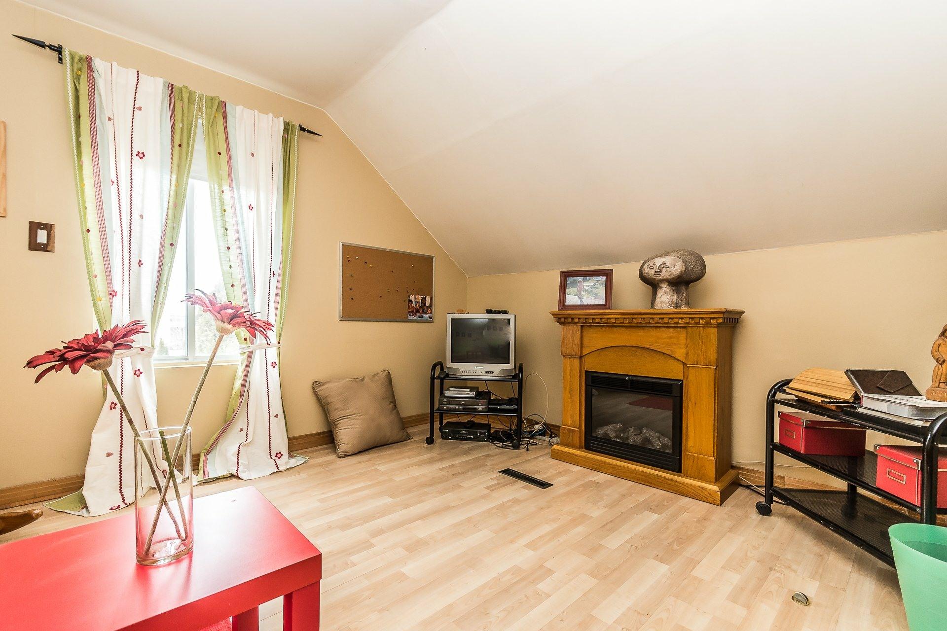 image 22 - House For sale LaSalle Montréal  - 8 rooms