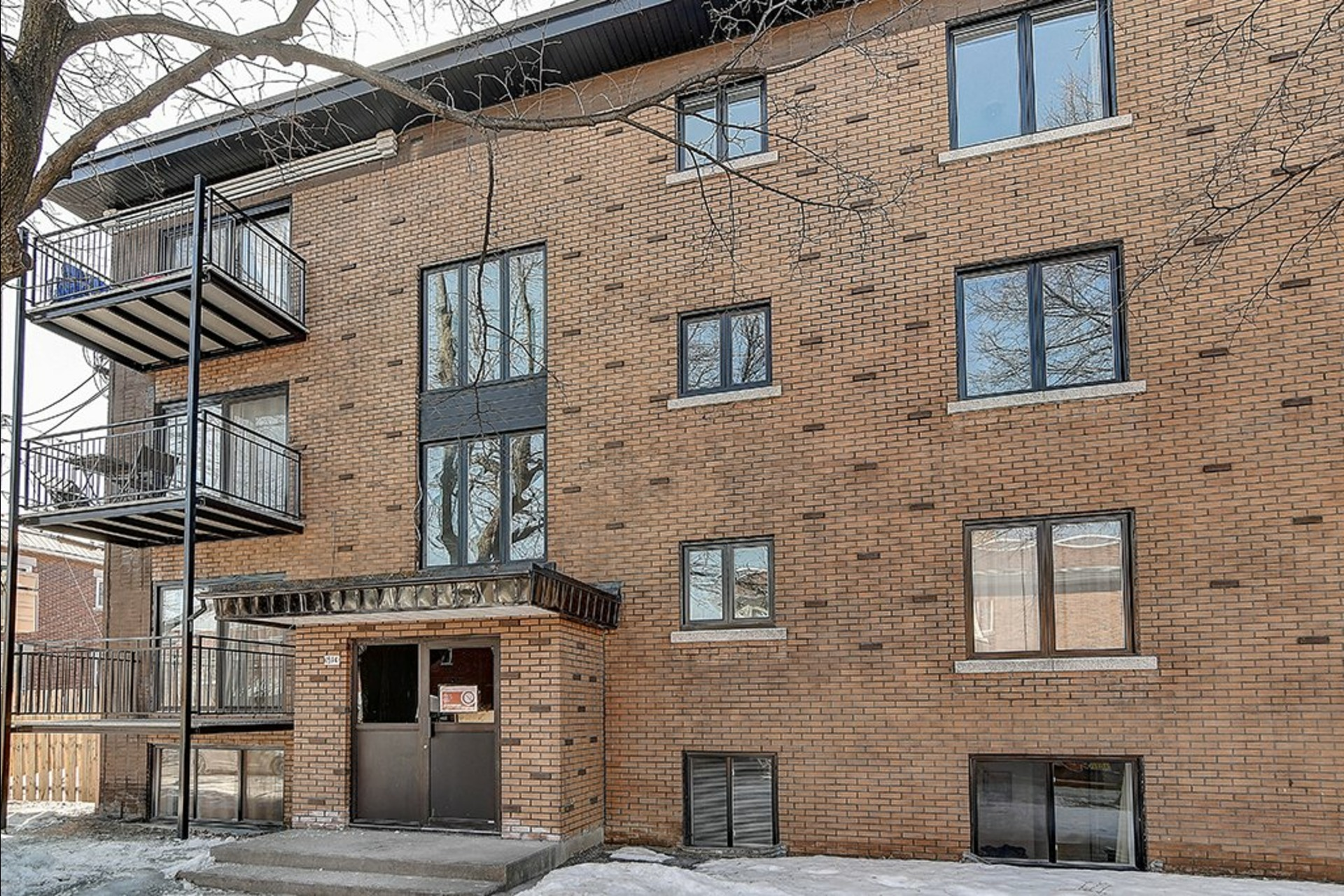 image 3 - 收入财产 出售 Le Sud-Ouest Montréal  - 4 室
