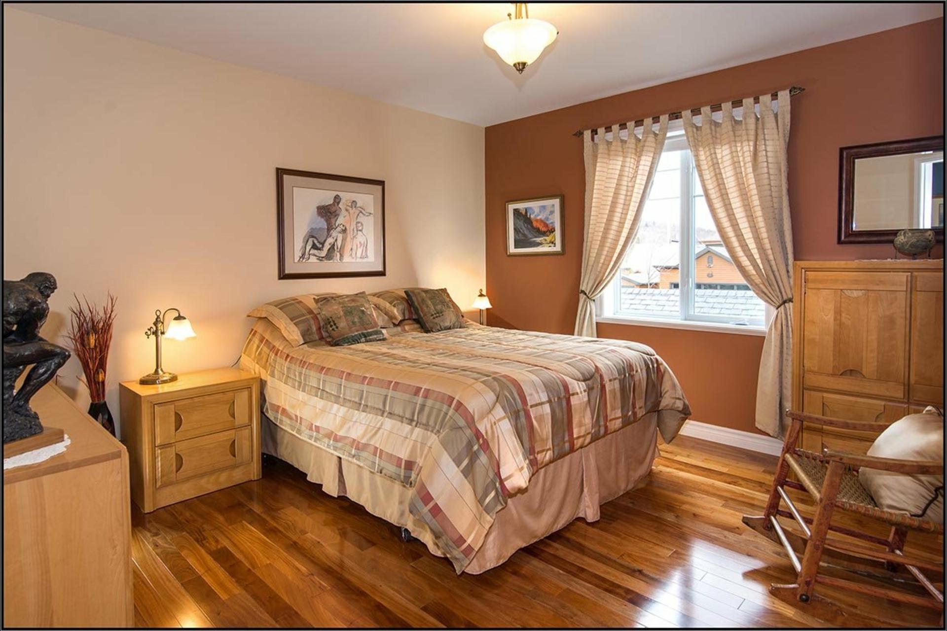 image 12 - House For sale Fossambault-sur-le-Lac - 9 rooms