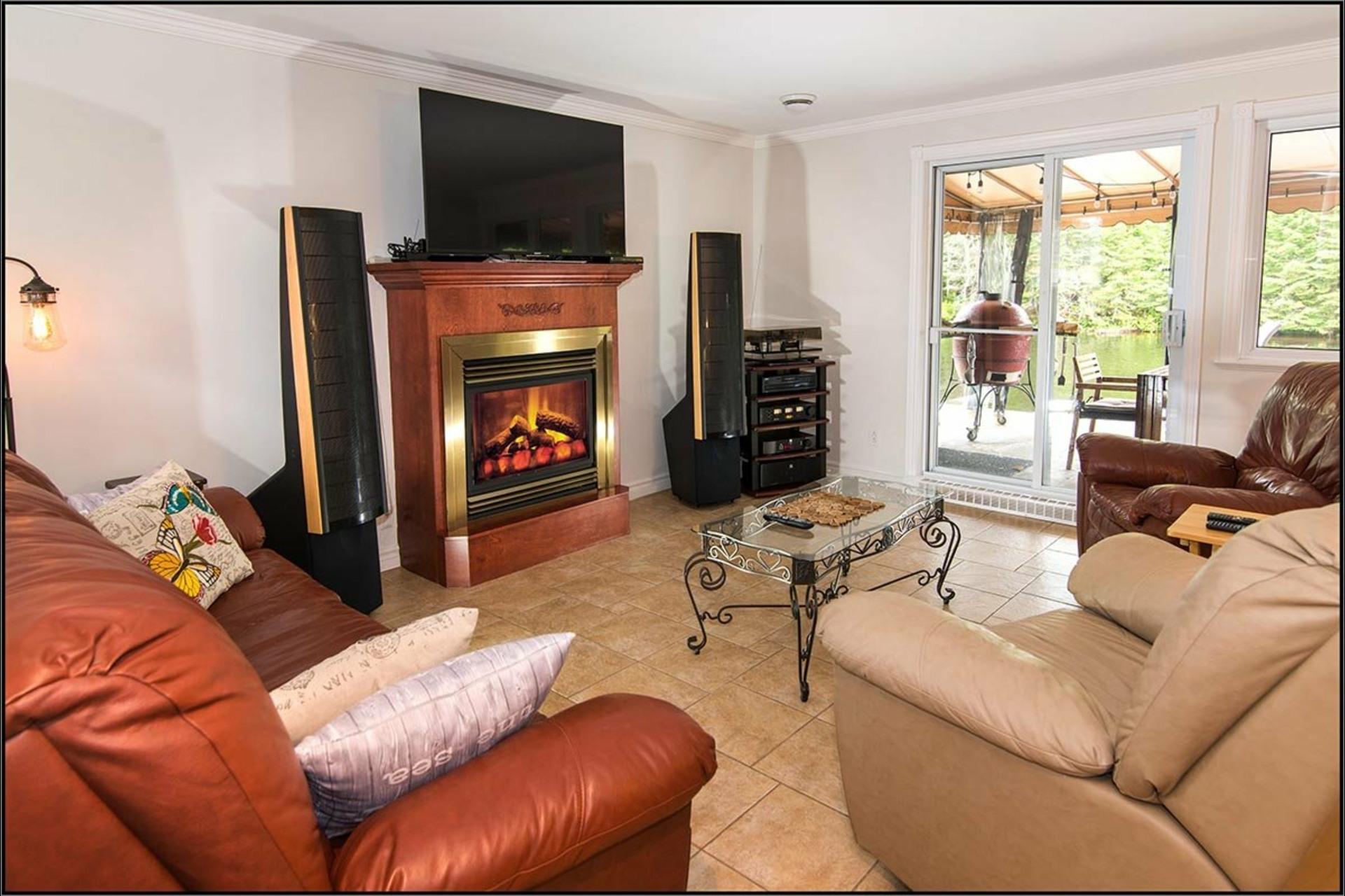 image 2 - Maison À vendre Fossambault-sur-le-Lac - 7 pièces