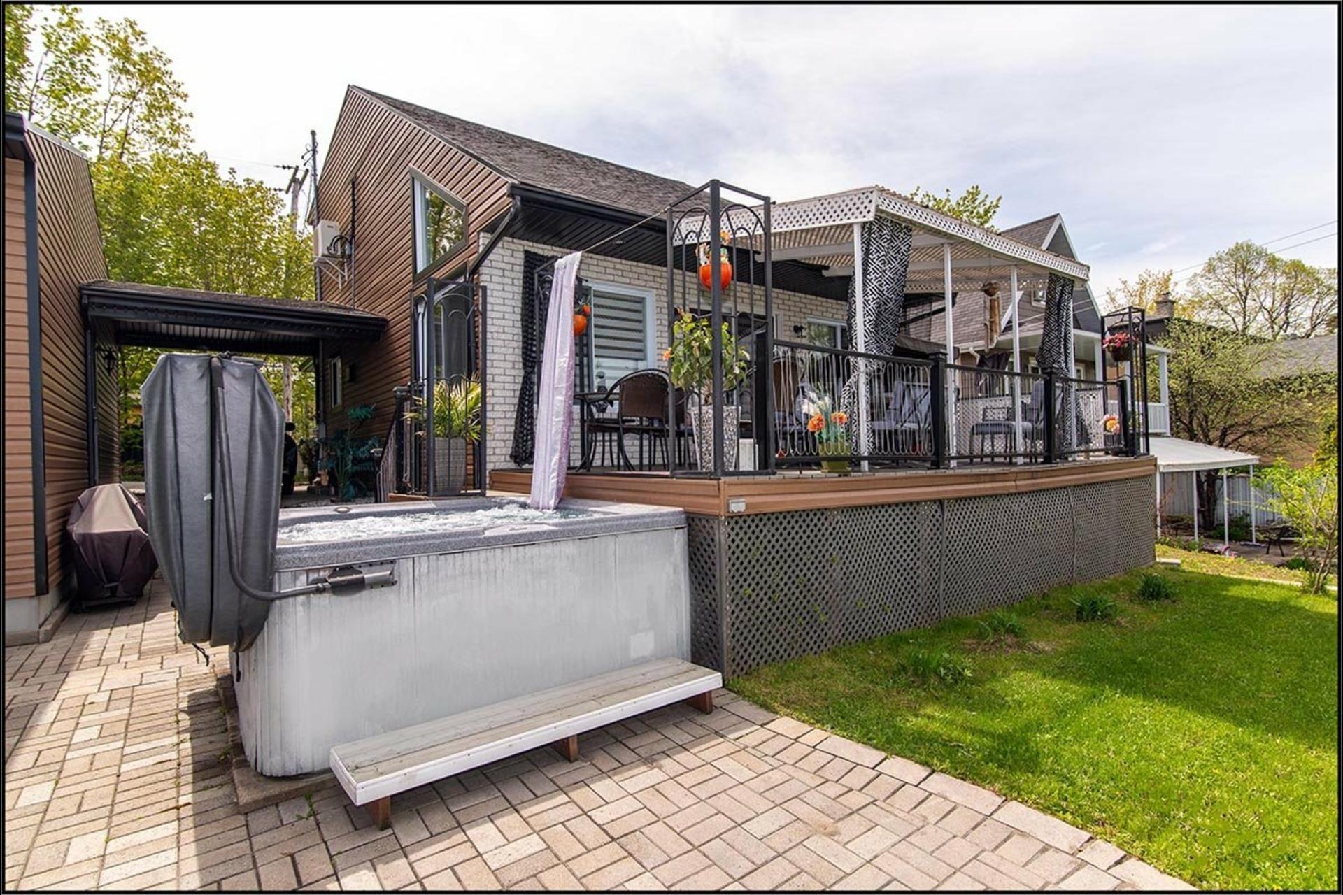 image 21 - Maison À vendre Sainte-Foy/Sillery/Cap-Rouge Québec  - 13 pièces