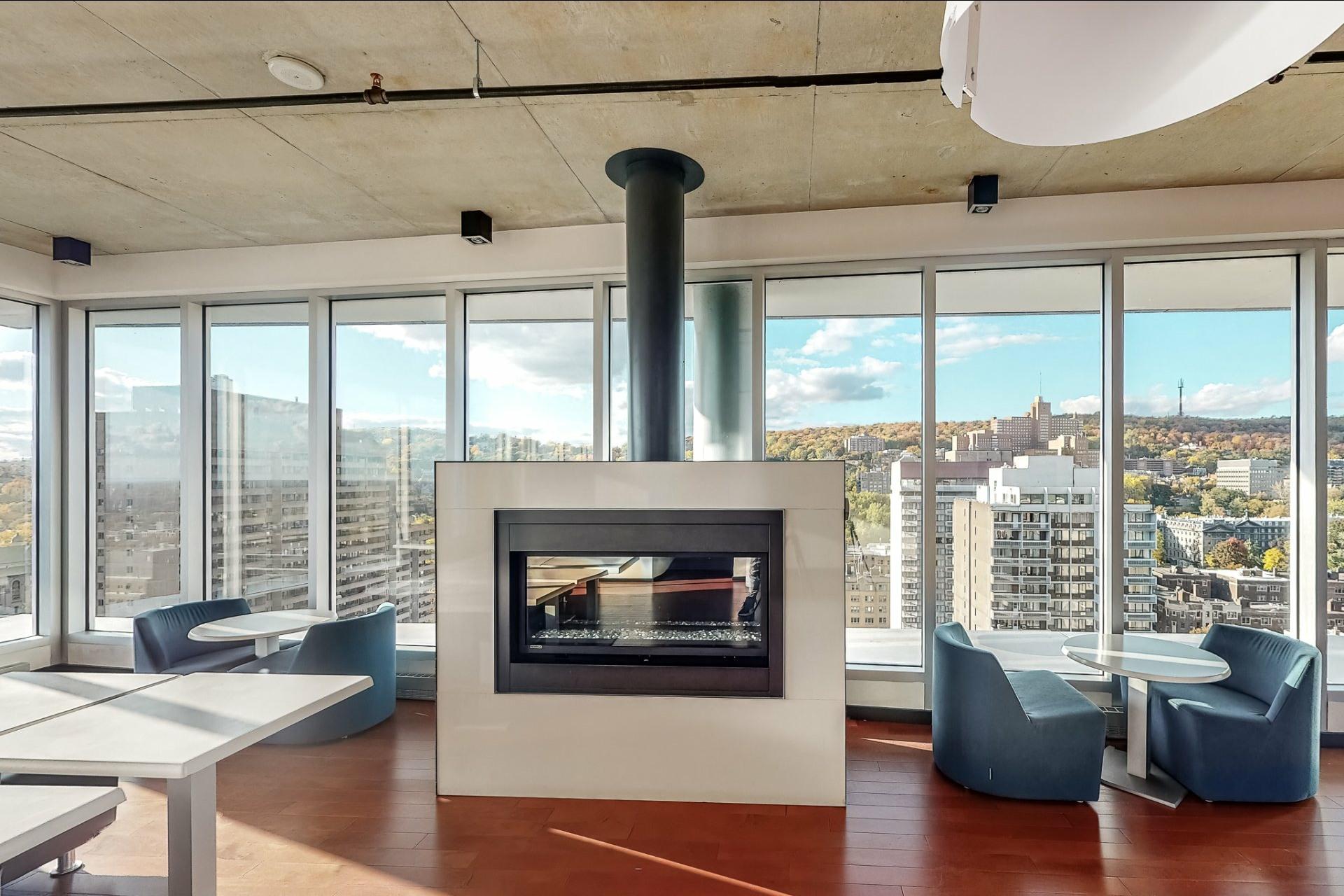 image 15 - Appartement À vendre Ville-Marie Montréal  - 2 pièces