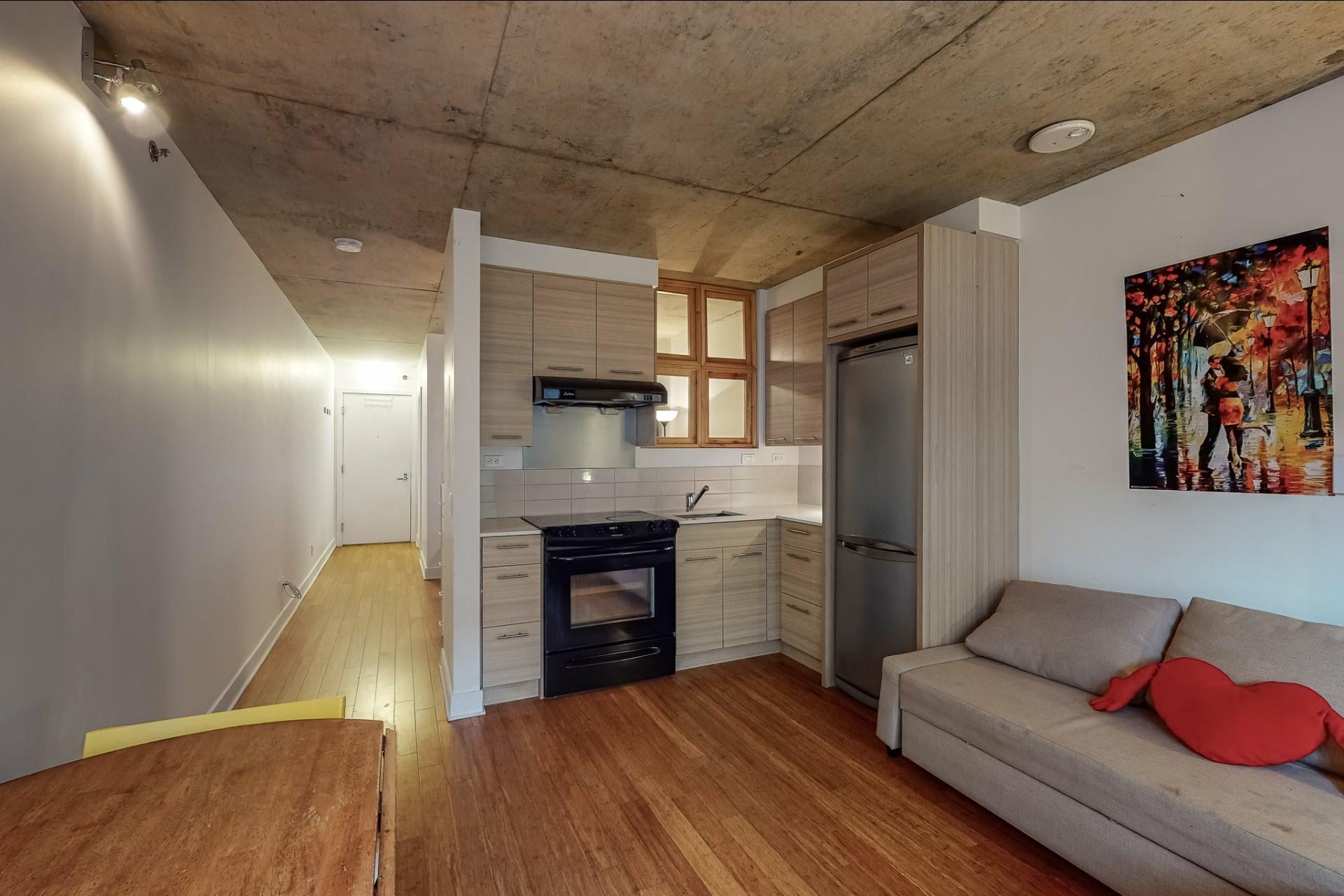 image 8 - Apartment For sale Ville-Marie Montréal  - 2 rooms
