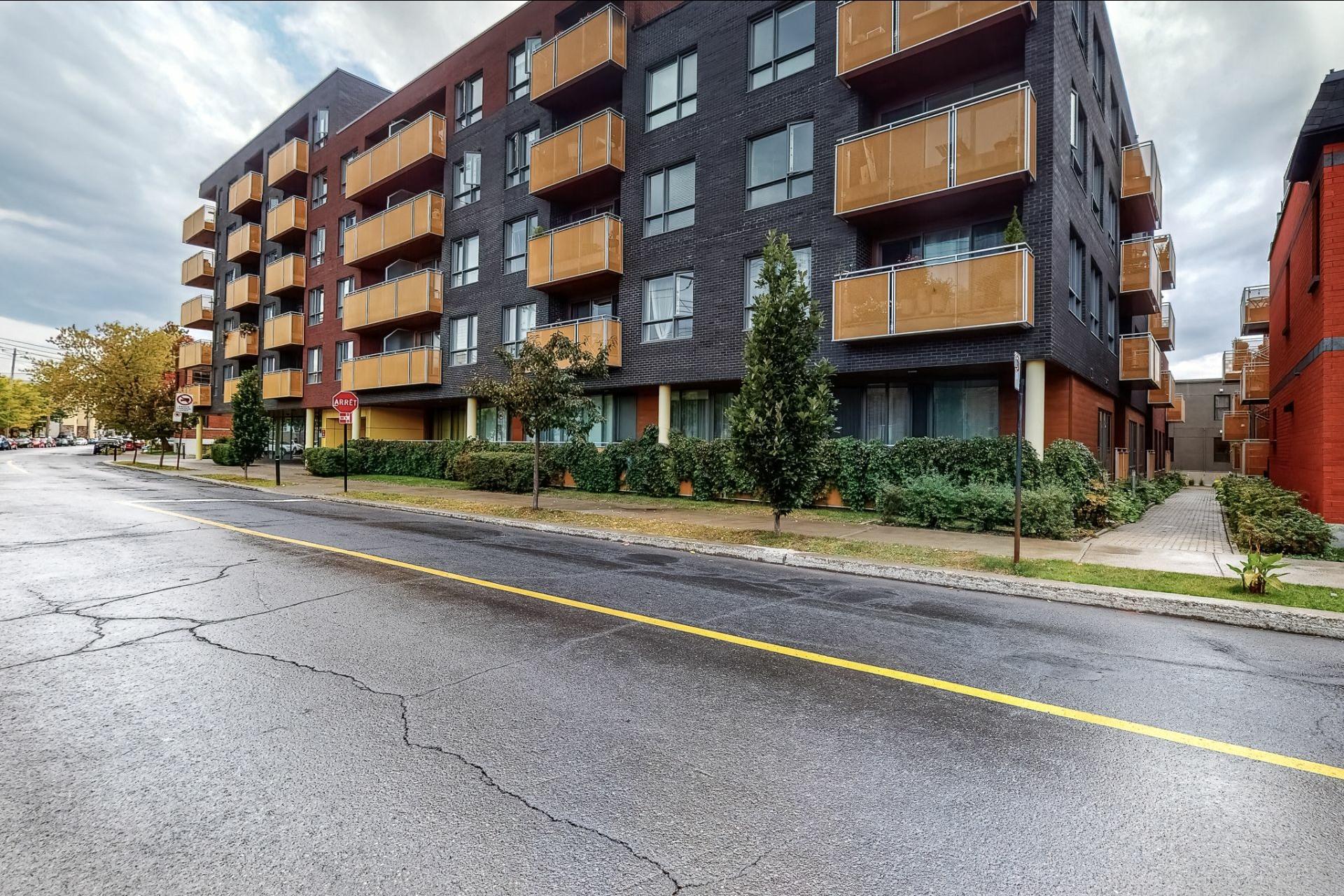 image 13 - Appartement À vendre Rosemont/La Petite-Patrie Montréal  - 3 pièces
