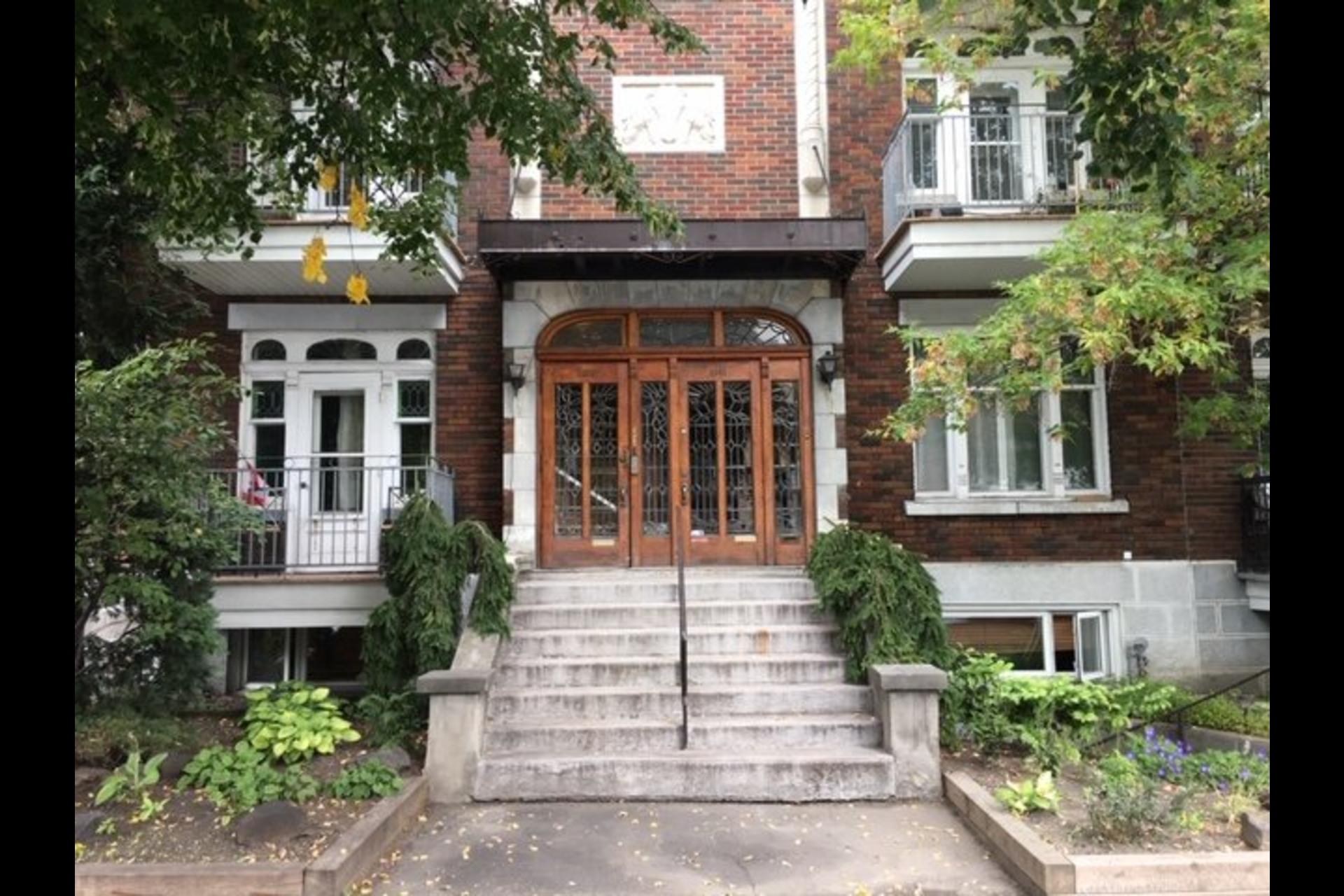 image 0 - Immeuble à revenus À vendre Le Plateau-Mont-Royal Montréal  - 4 pièces