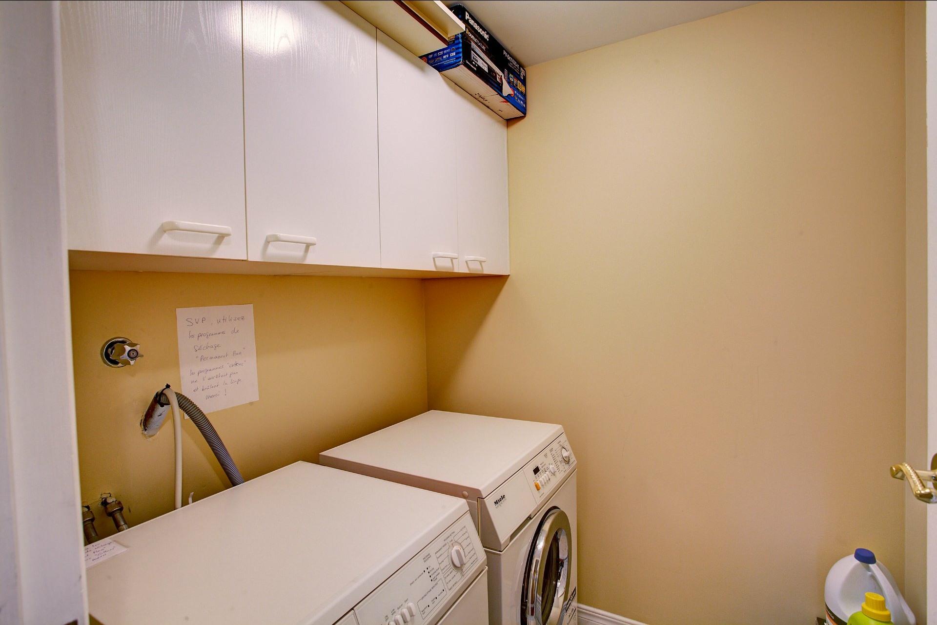 image 14 - Appartement À vendre Ville-Marie Montréal  - 5 pièces