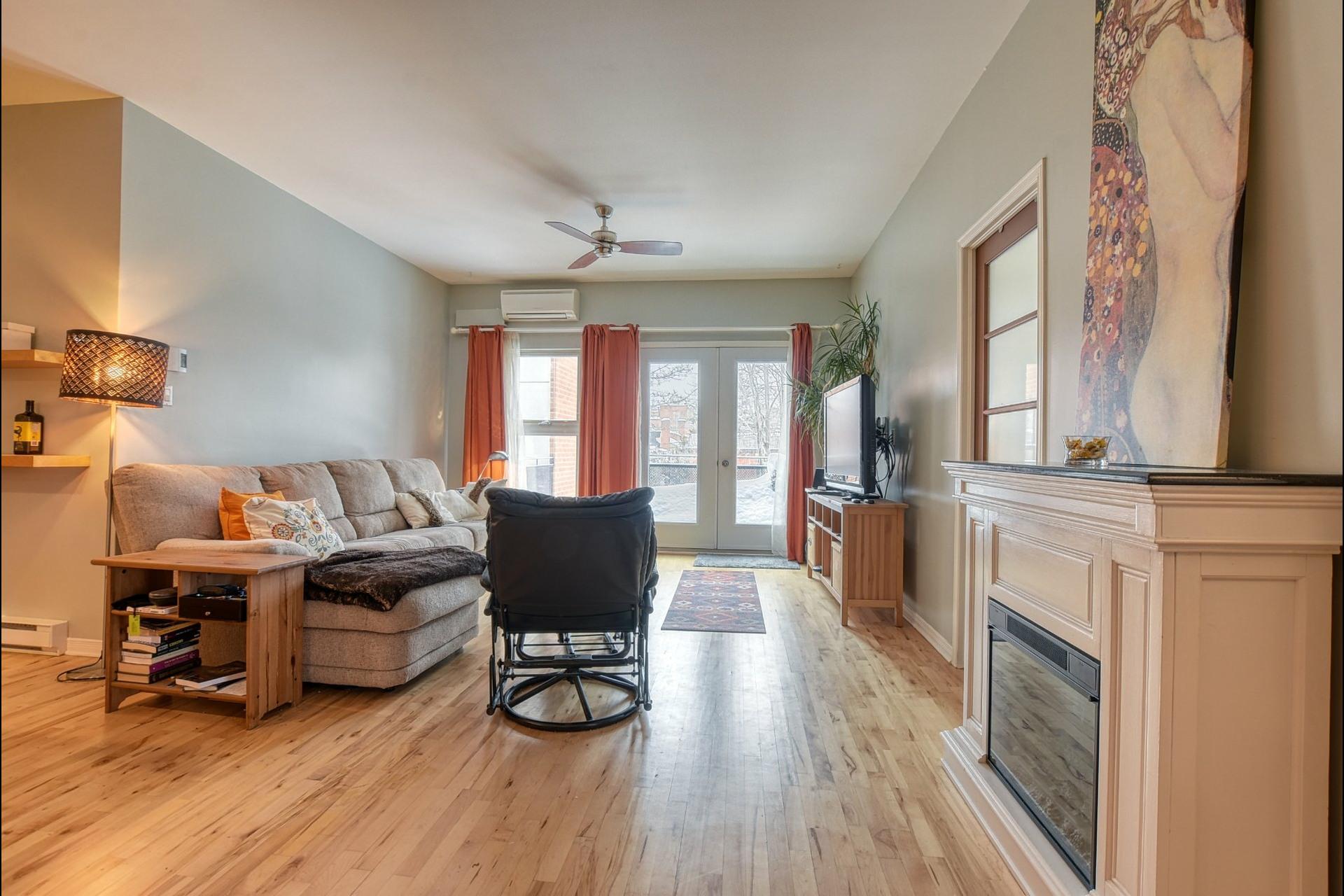 image 2 - Appartement À vendre Rosemont/La Petite-Patrie Montréal  - 6 pièces