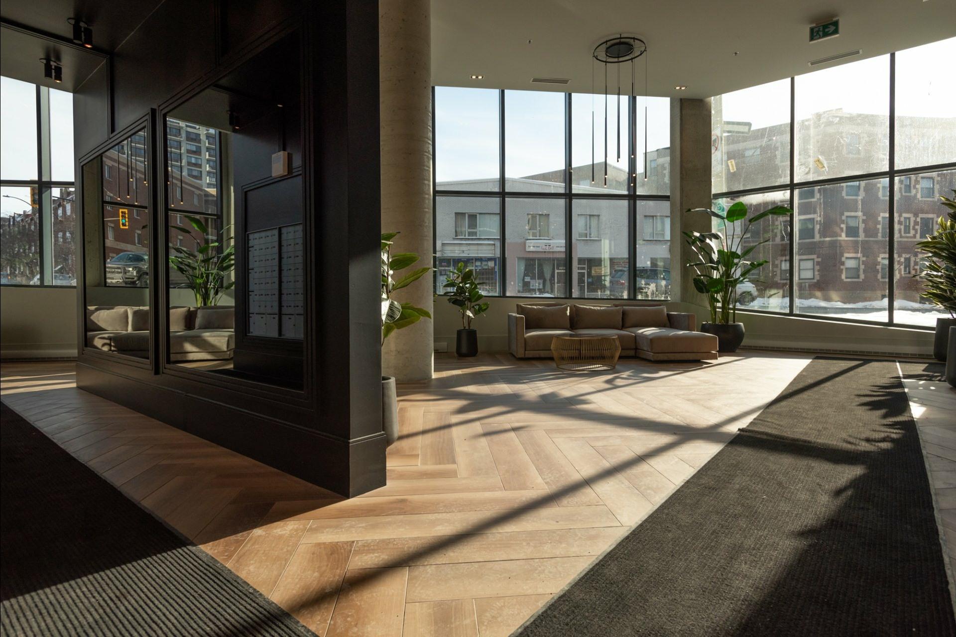 image 31 - Appartement À louer Côte-des-Neiges/Notre-Dame-de-Grâce Montréal  - 5 pièces