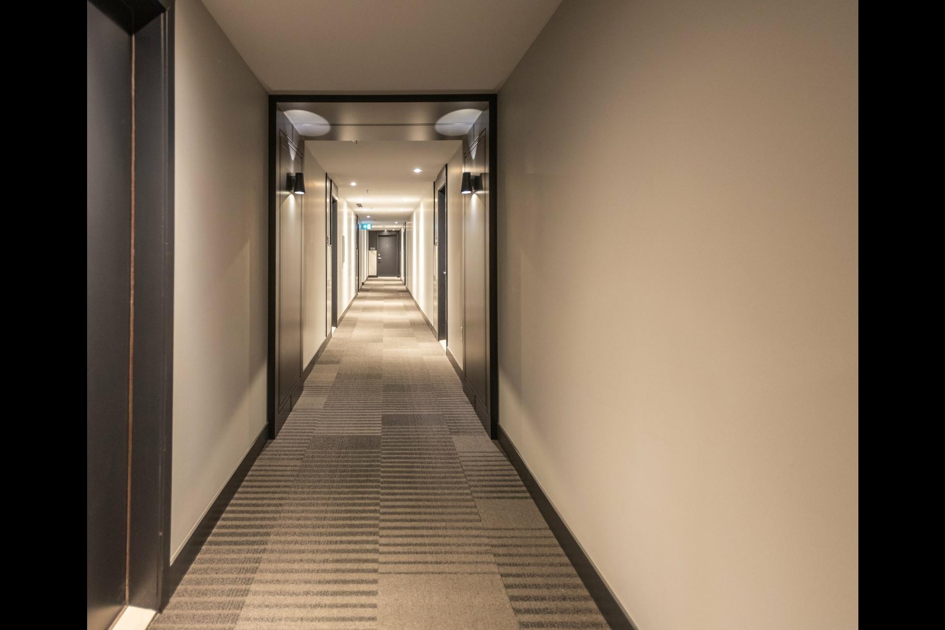image 27 - Appartement À louer Côte-des-Neiges/Notre-Dame-de-Grâce Montréal  - 5 pièces
