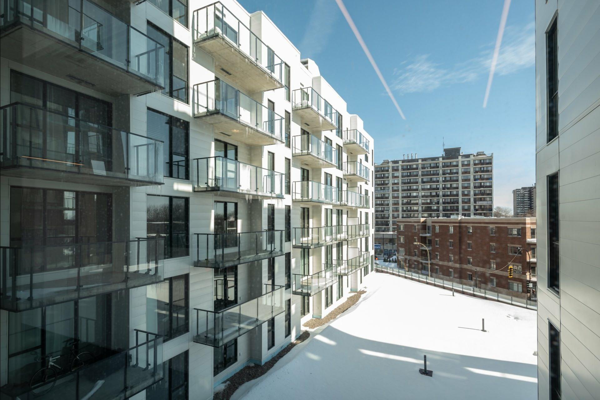 image 35 - Appartement À louer Côte-des-Neiges/Notre-Dame-de-Grâce Montréal  - 5 pièces