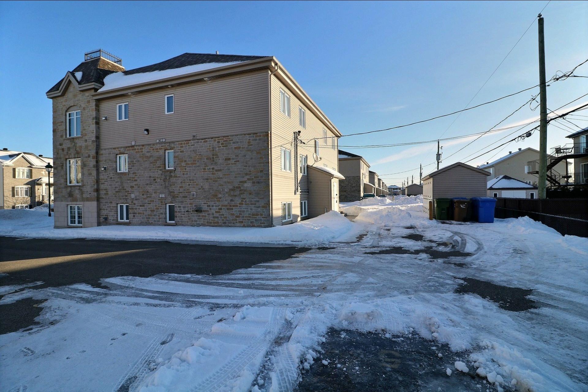 image 17 - Appartement À vendre Saint-Eustache - 7 pièces