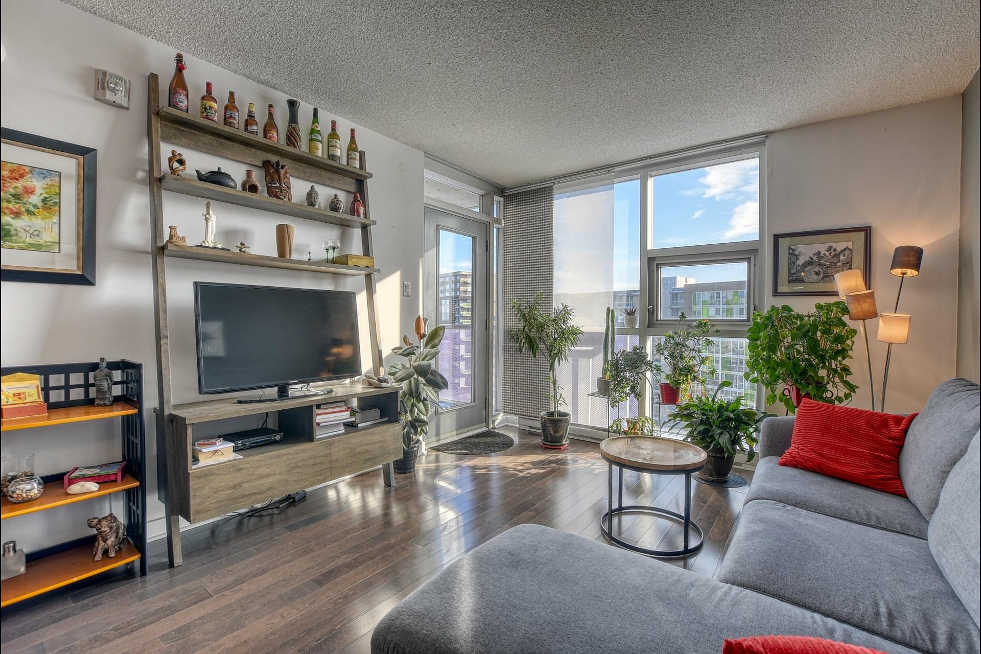 image 0 - Appartement À vendre Ahuntsic-Cartierville Montréal  - 4 pièces