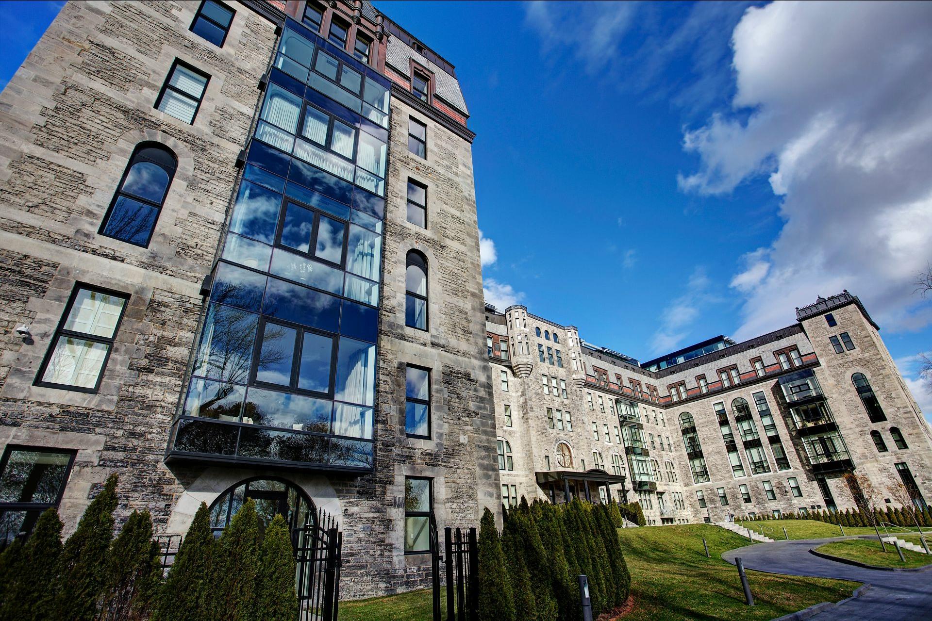 image 0 - Appartement À vendre Ville-Marie Montréal  - 4 pièces