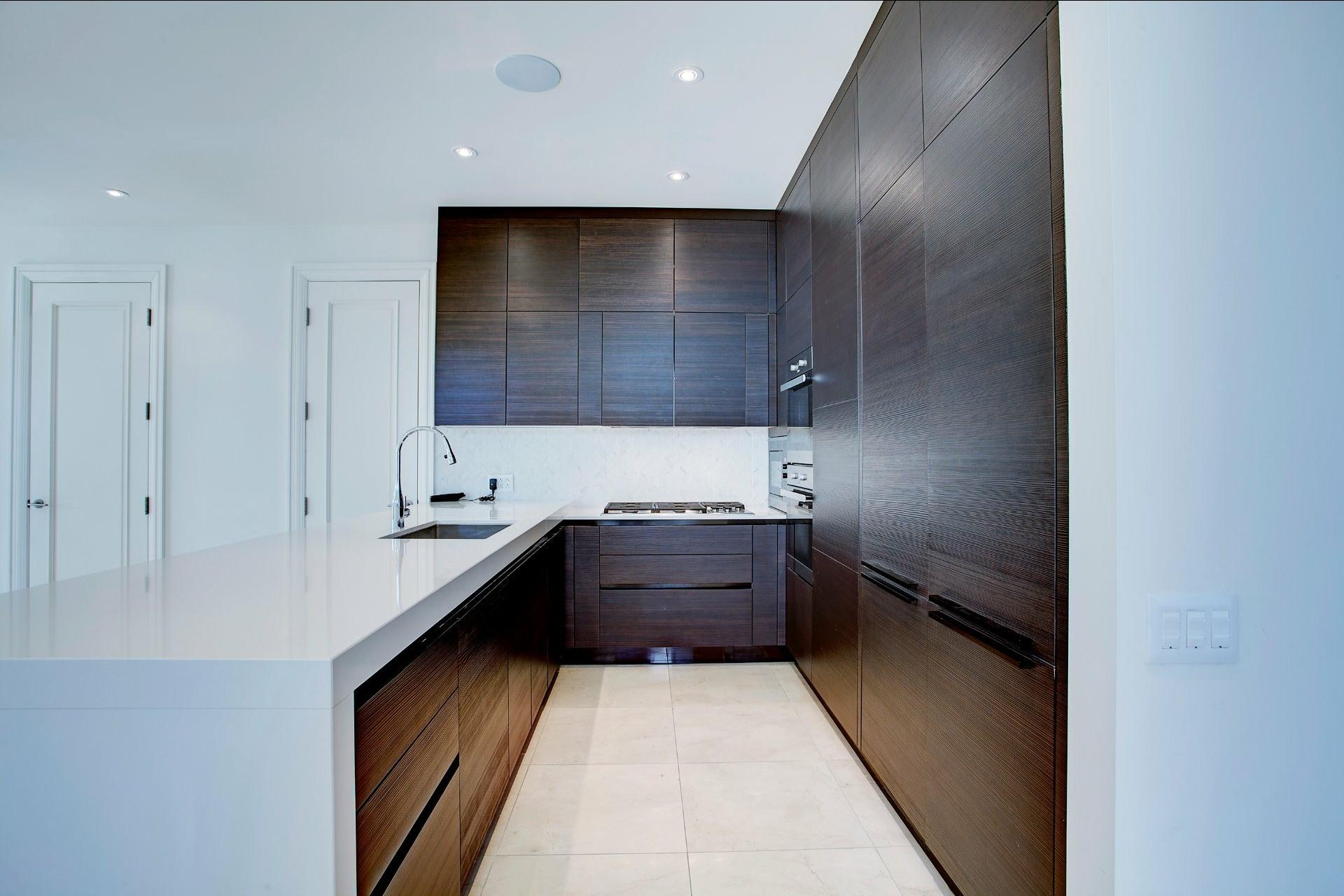 image 12 - Appartement À vendre Ville-Marie Montréal  - 4 pièces