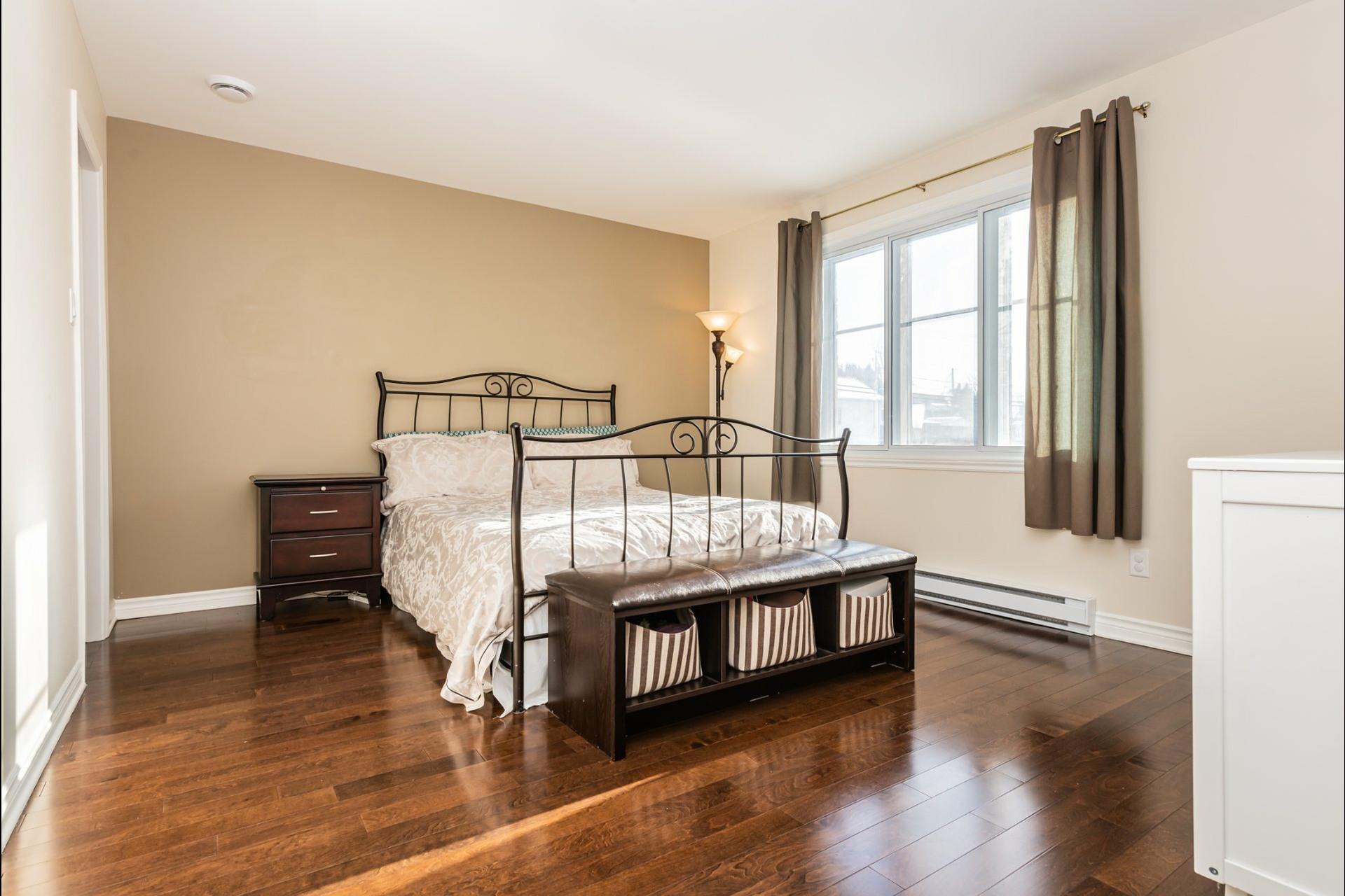 image 8 - Appartement À vendre Auteuil Laval  - 8 pièces
