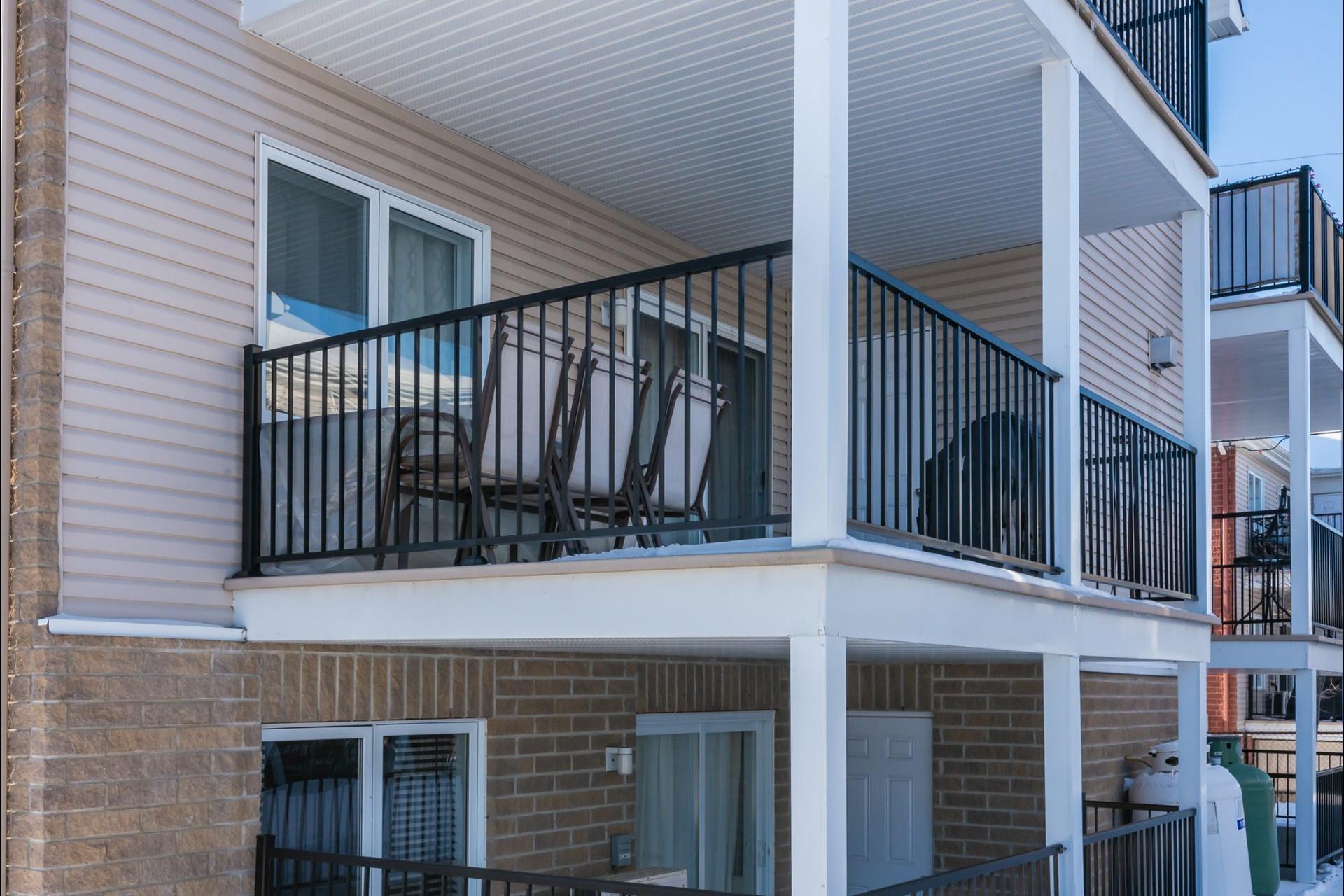 image 20 - Appartement À vendre Auteuil Laval  - 8 pièces