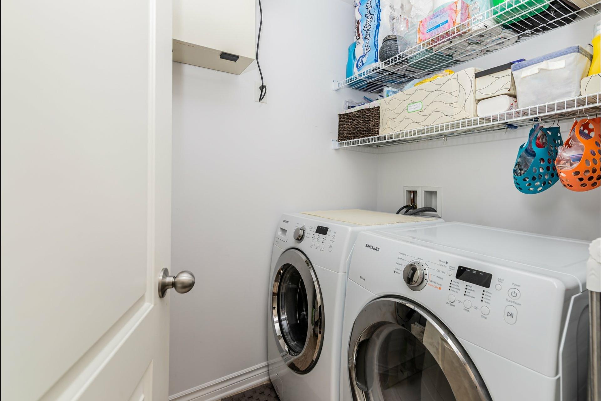 image 15 - Appartement À vendre Auteuil Laval  - 8 pièces