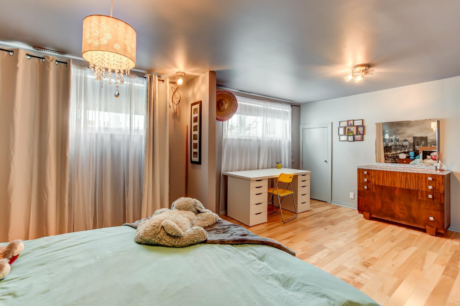 image 39 - Maison À vendre Fabreville Laval  - 13 pièces