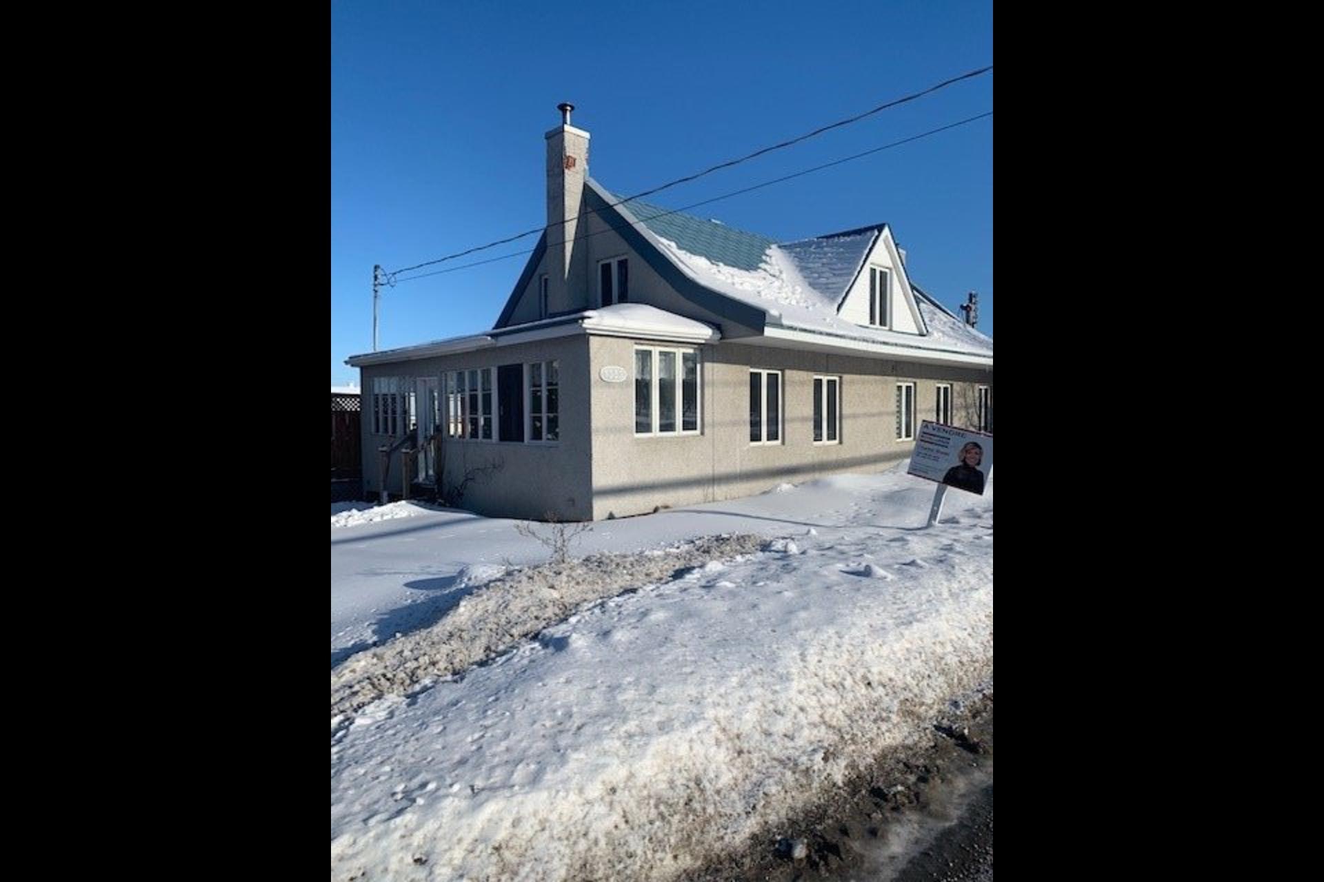 image 0 - Maison À vendre Saint-Joseph-du-Lac - 8 pièces