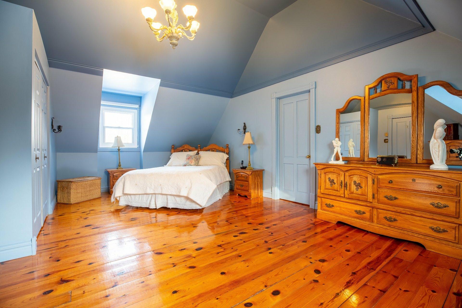 image 18 - Maison À vendre Saint-Lazare - 12 pièces