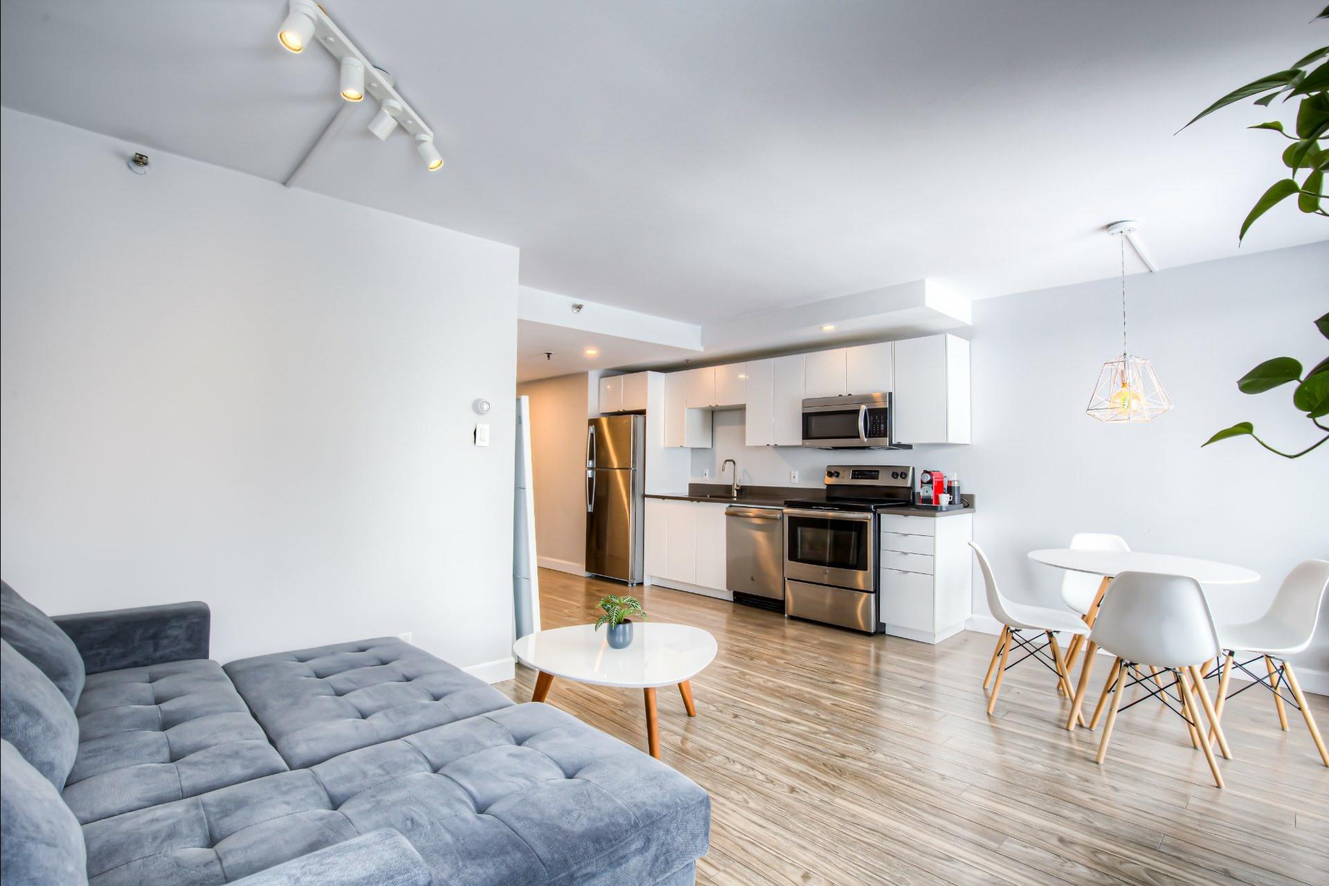 image 4 - Appartement À vendre Ville-Marie Montréal  - 5 pièces