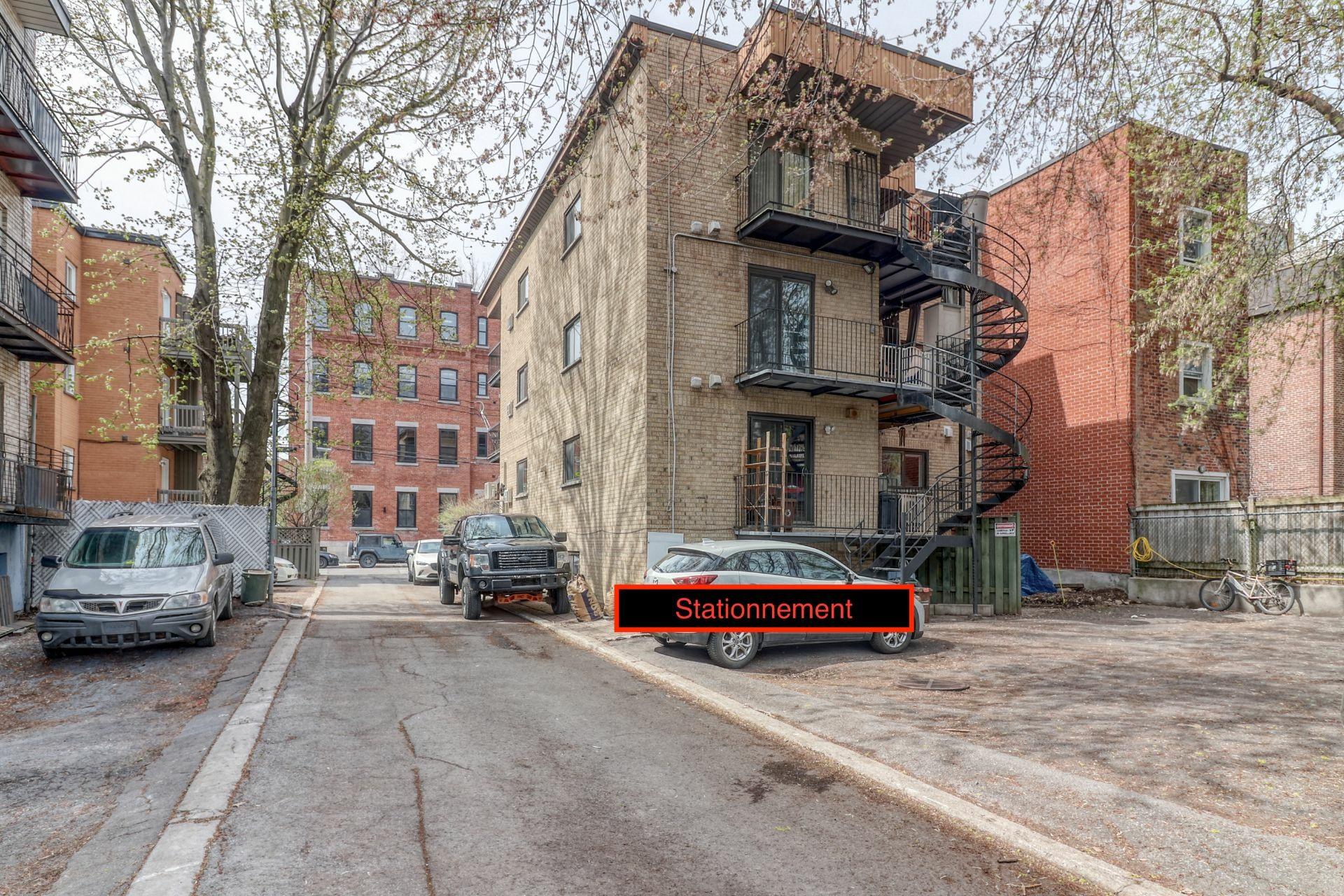 image 19 - Appartement À vendre Ville-Marie Montréal  - 5 pièces
