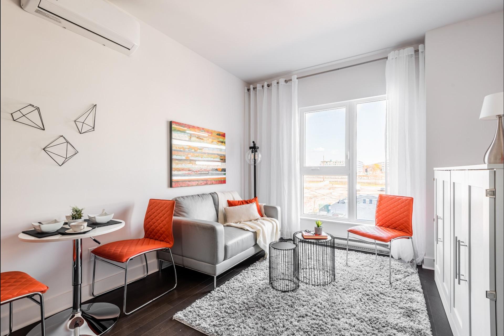 image 2 - Apartment For sale Villeray/Saint-Michel/Parc-Extension Montréal  - 3 rooms