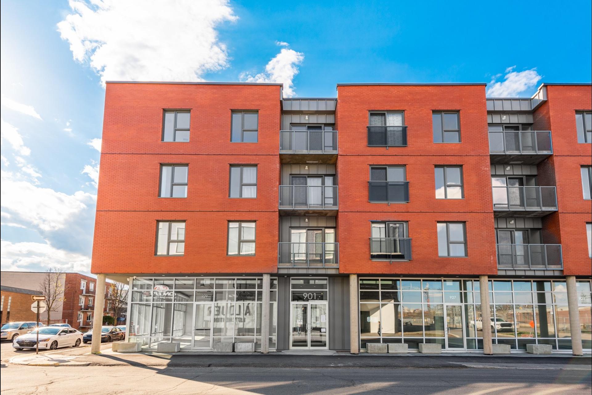 image 0 - Apartment For sale Villeray/Saint-Michel/Parc-Extension Montréal  - 3 rooms