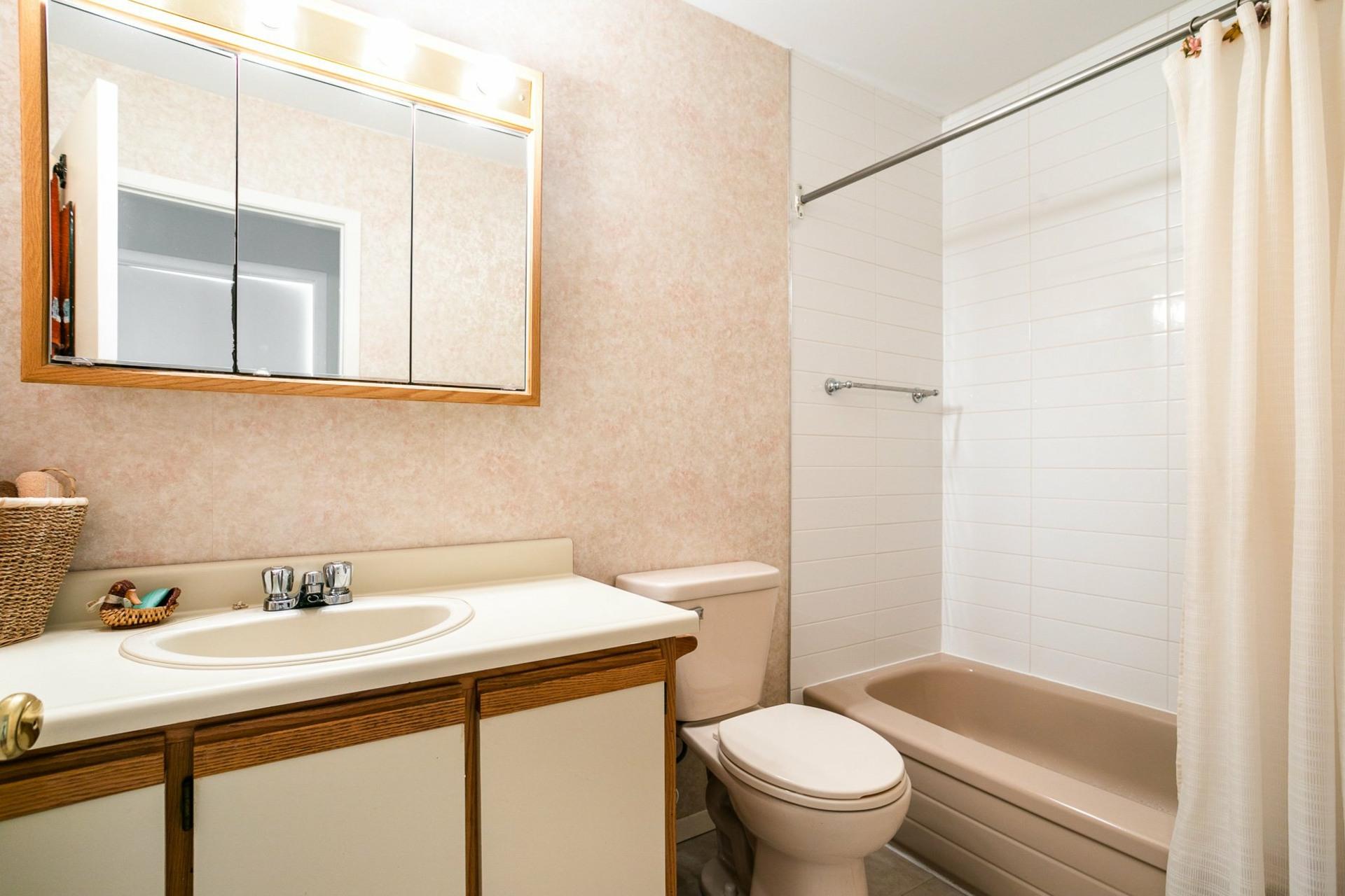 image 12 - Maison À vendre Pierrefonds-Roxboro Montréal  - 8 pièces