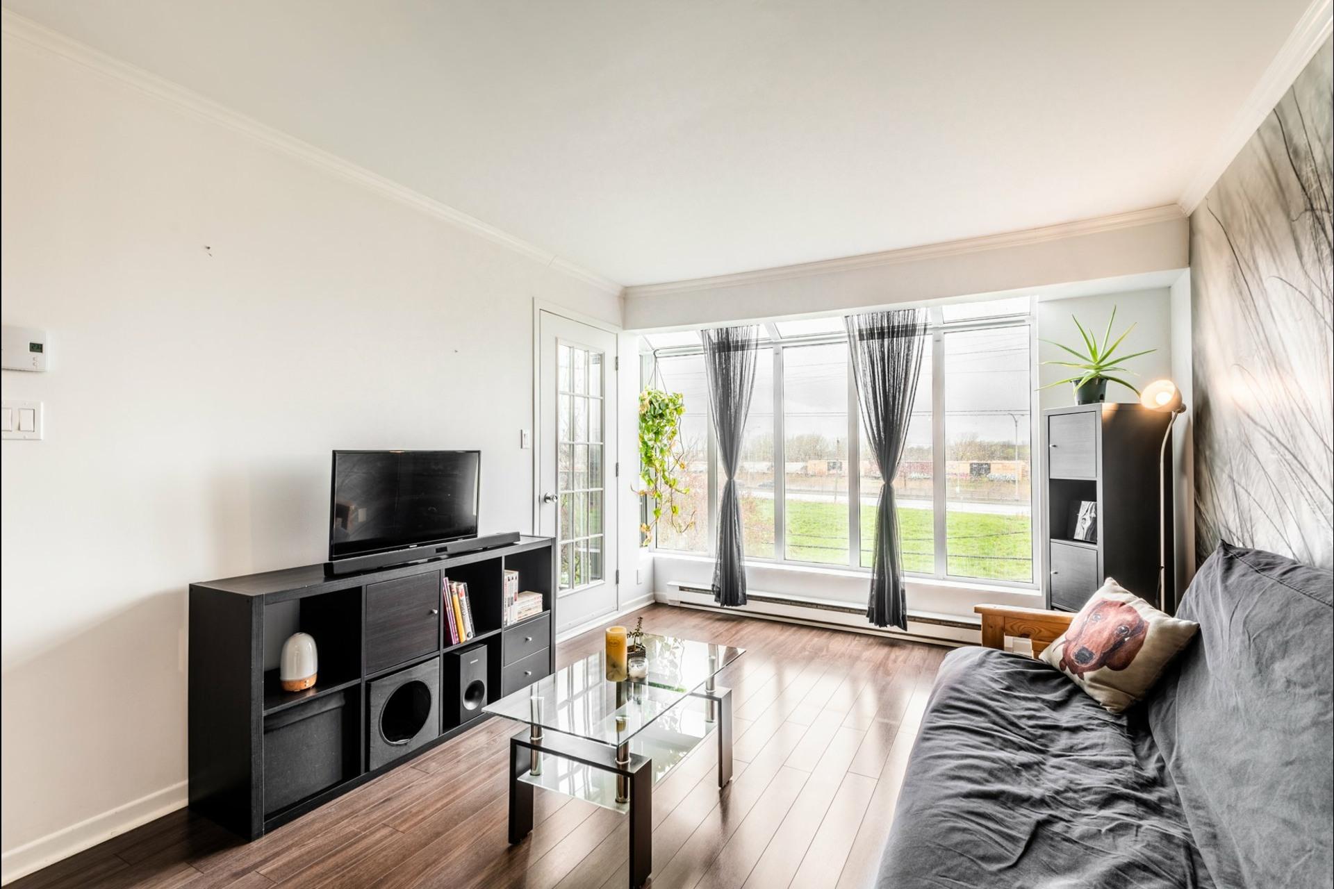 image 10 - Apartment For sale Saint-Hubert Longueuil  - 4 rooms