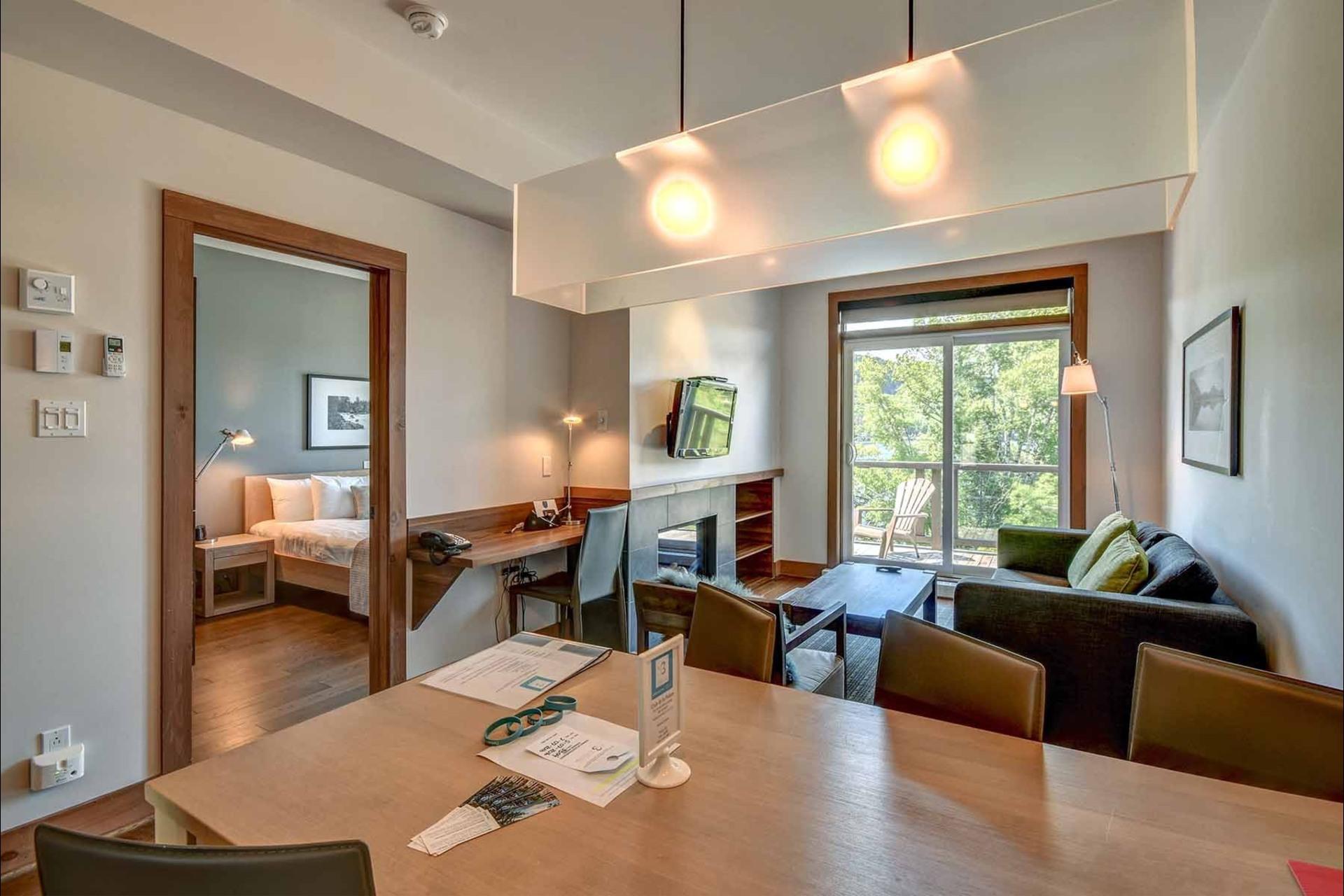 image 3 - Appartement À vendre Lac-Supérieur - 6 pièces