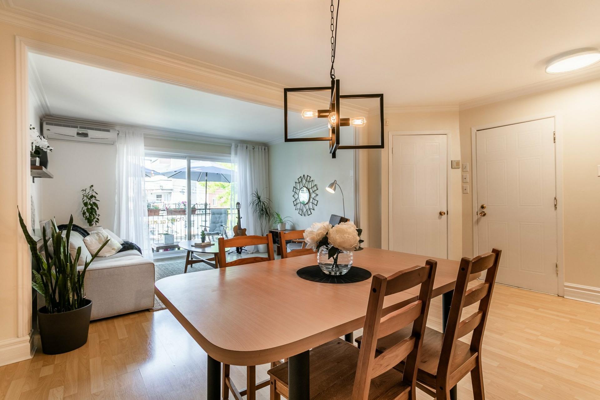 image 9 - Appartement À vendre Villeray/Saint-Michel/Parc-Extension Montréal  - 5 pièces
