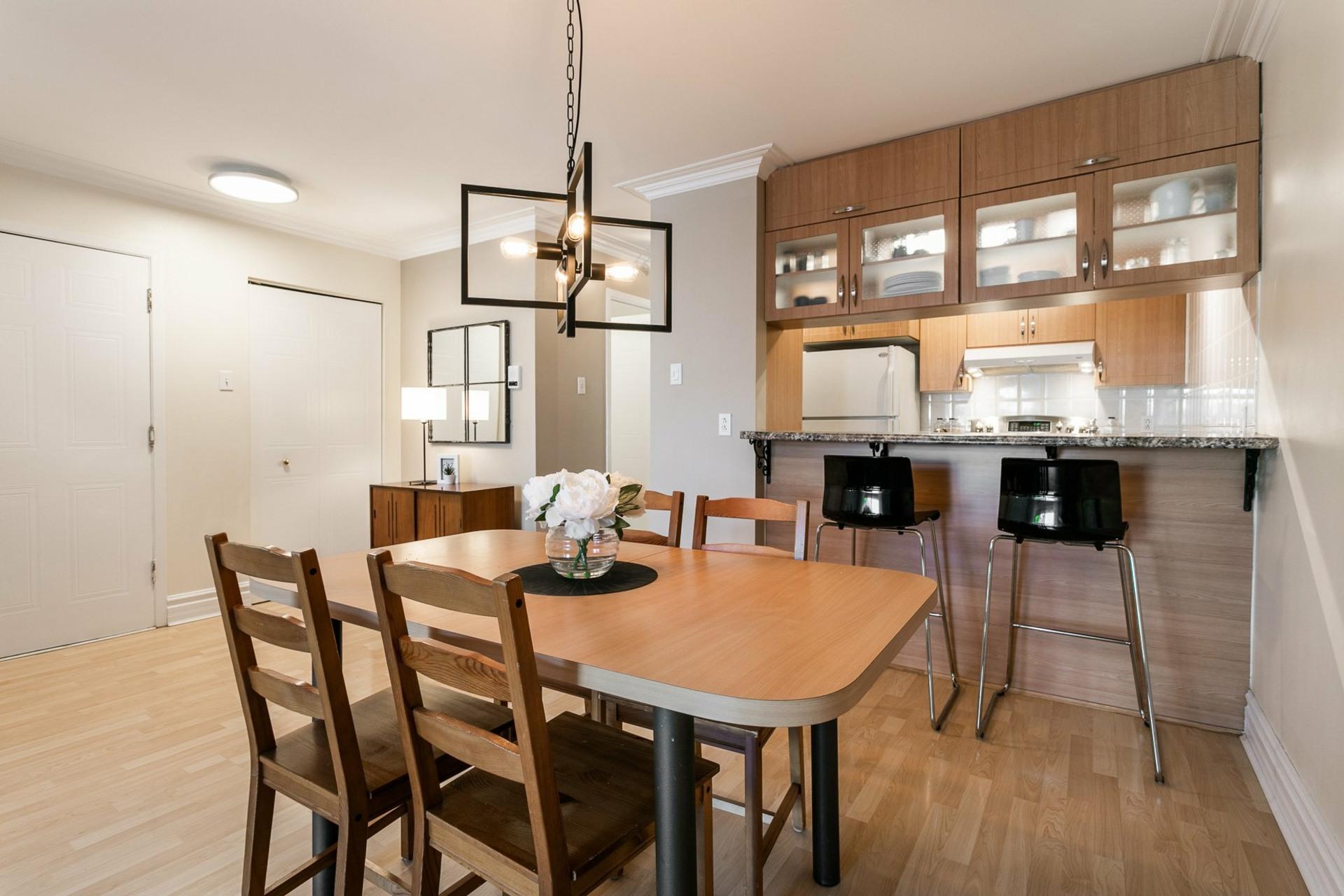 image 7 - Appartement À vendre Villeray/Saint-Michel/Parc-Extension Montréal  - 5 pièces