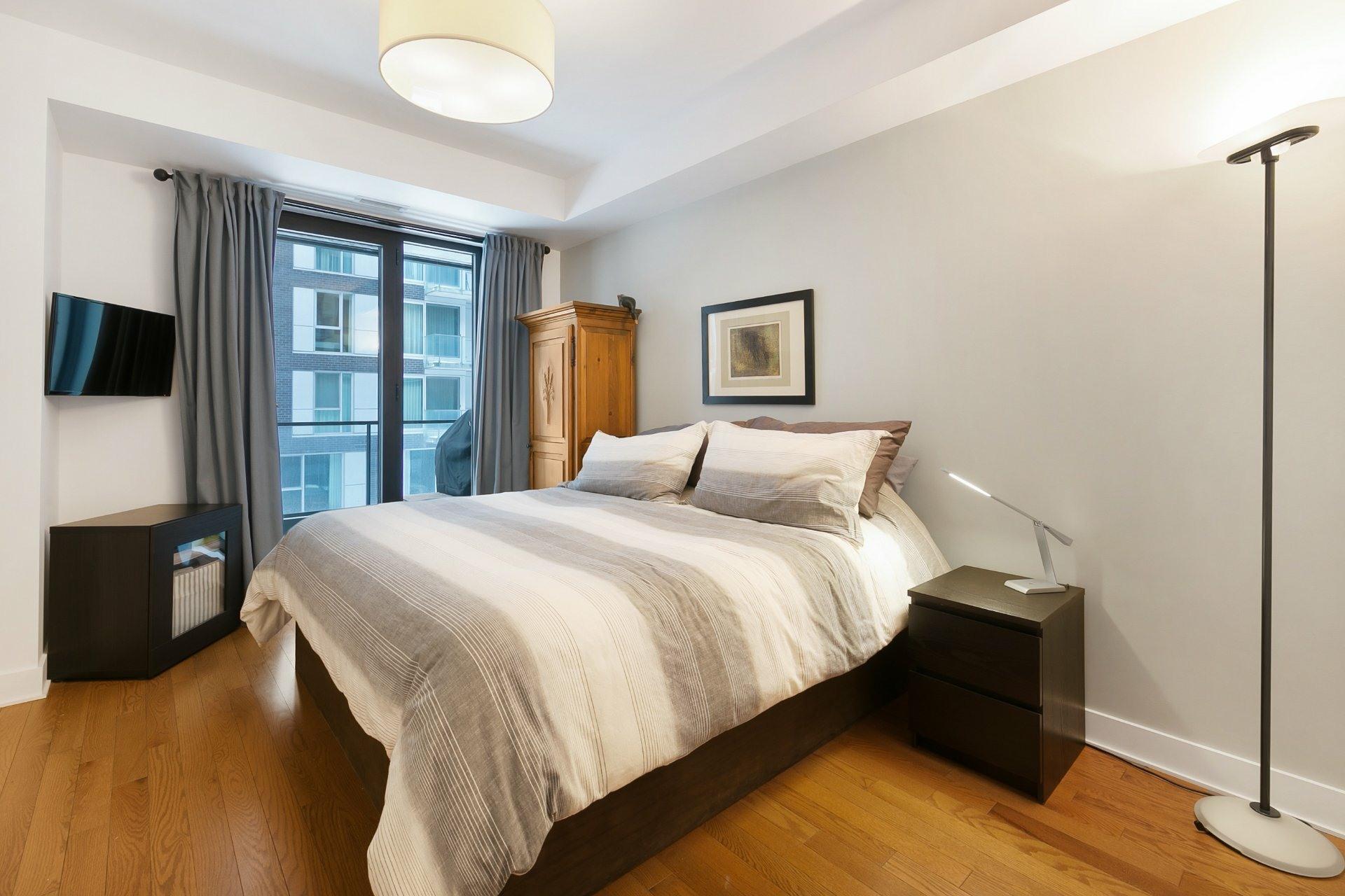 image 8 - Appartement À vendre Le Sud-Ouest Montréal  - 7 pièces