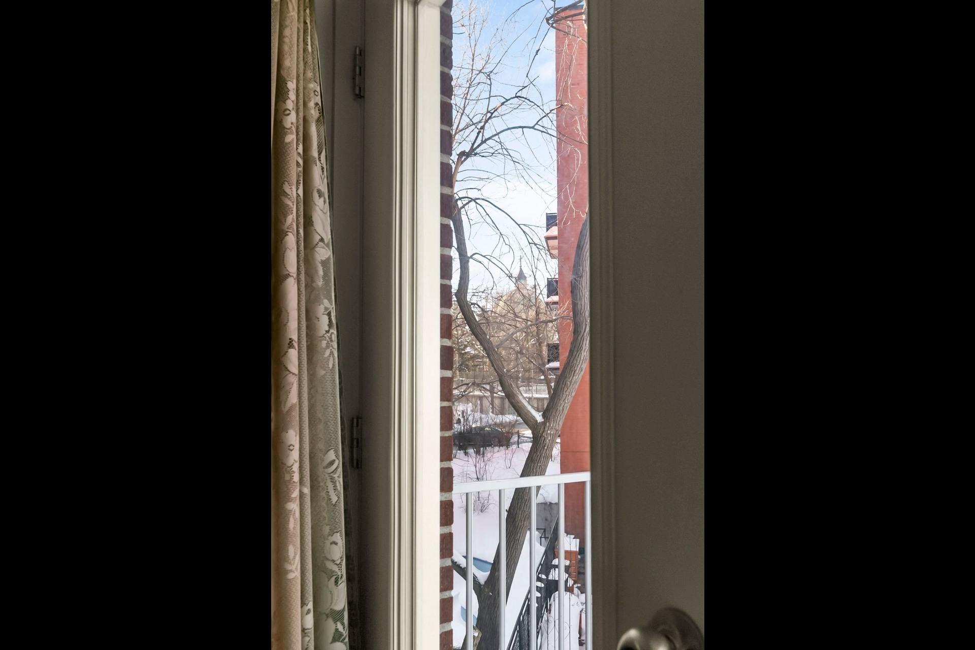 image 17 - Appartement À vendre Côte-des-Neiges/Notre-Dame-de-Grâce Montréal  - 4 pièces