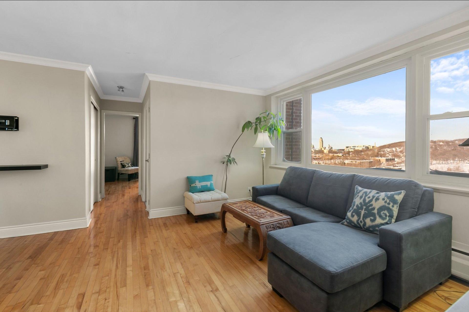 image 6 - Appartement À vendre Côte-des-Neiges/Notre-Dame-de-Grâce Montréal  - 4 pièces