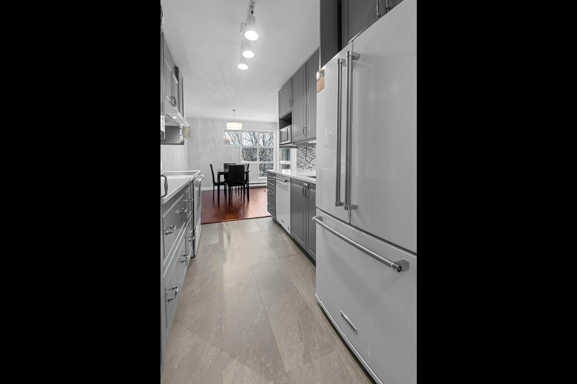 image 7 - Appartement À vendre Le Sud-Ouest Montréal  - 7 pièces