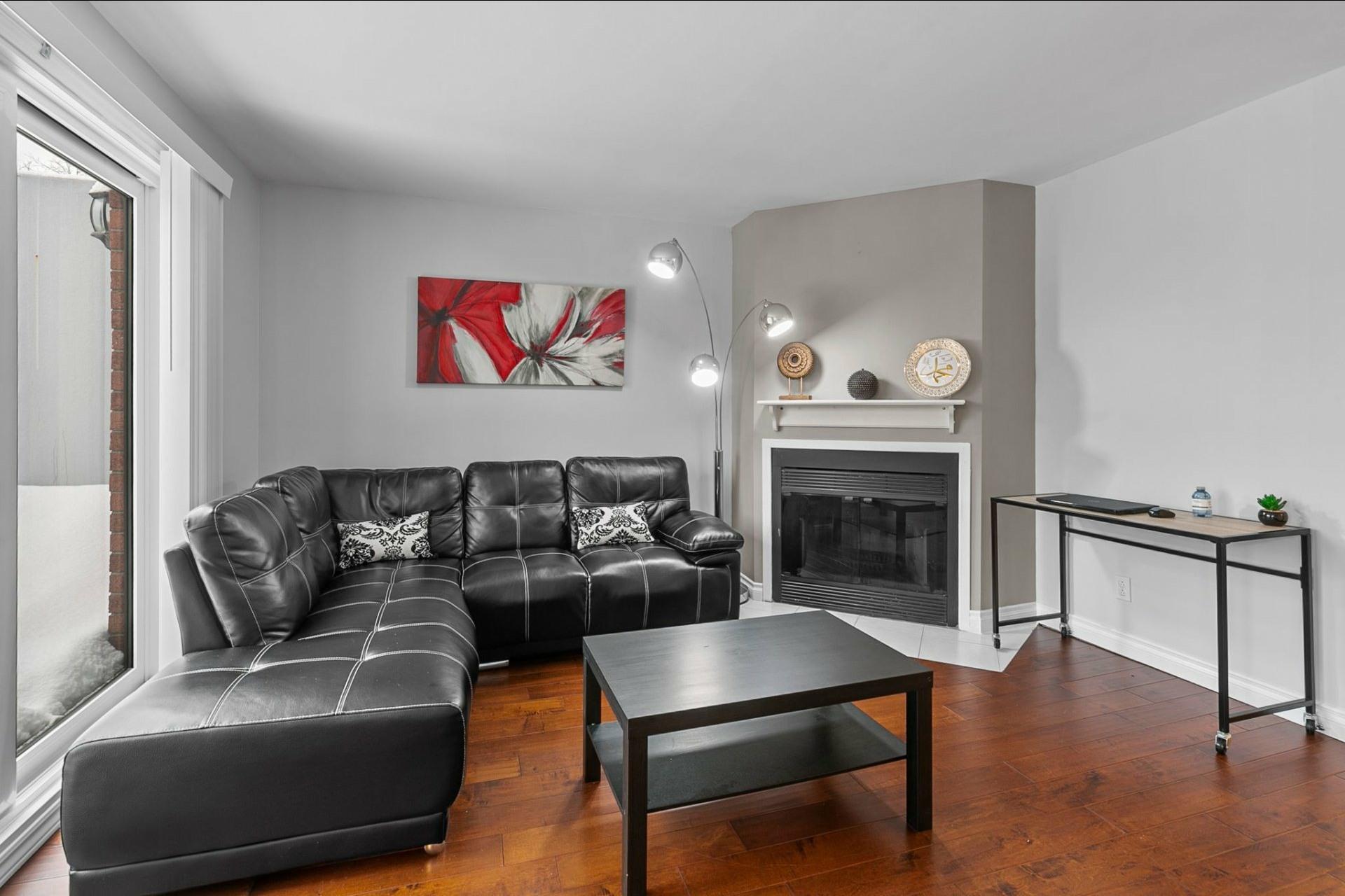 image 1 - Appartement À vendre Le Sud-Ouest Montréal  - 7 pièces