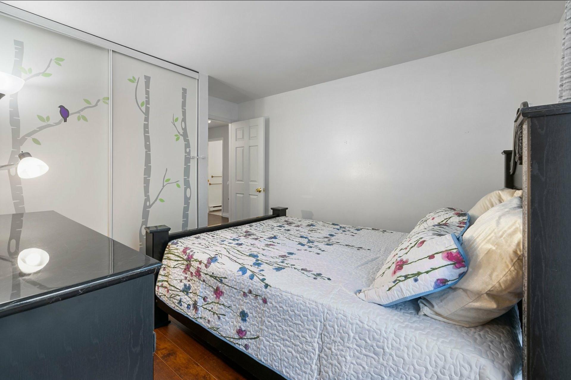 image 12 - Appartement À vendre Le Sud-Ouest Montréal  - 7 pièces