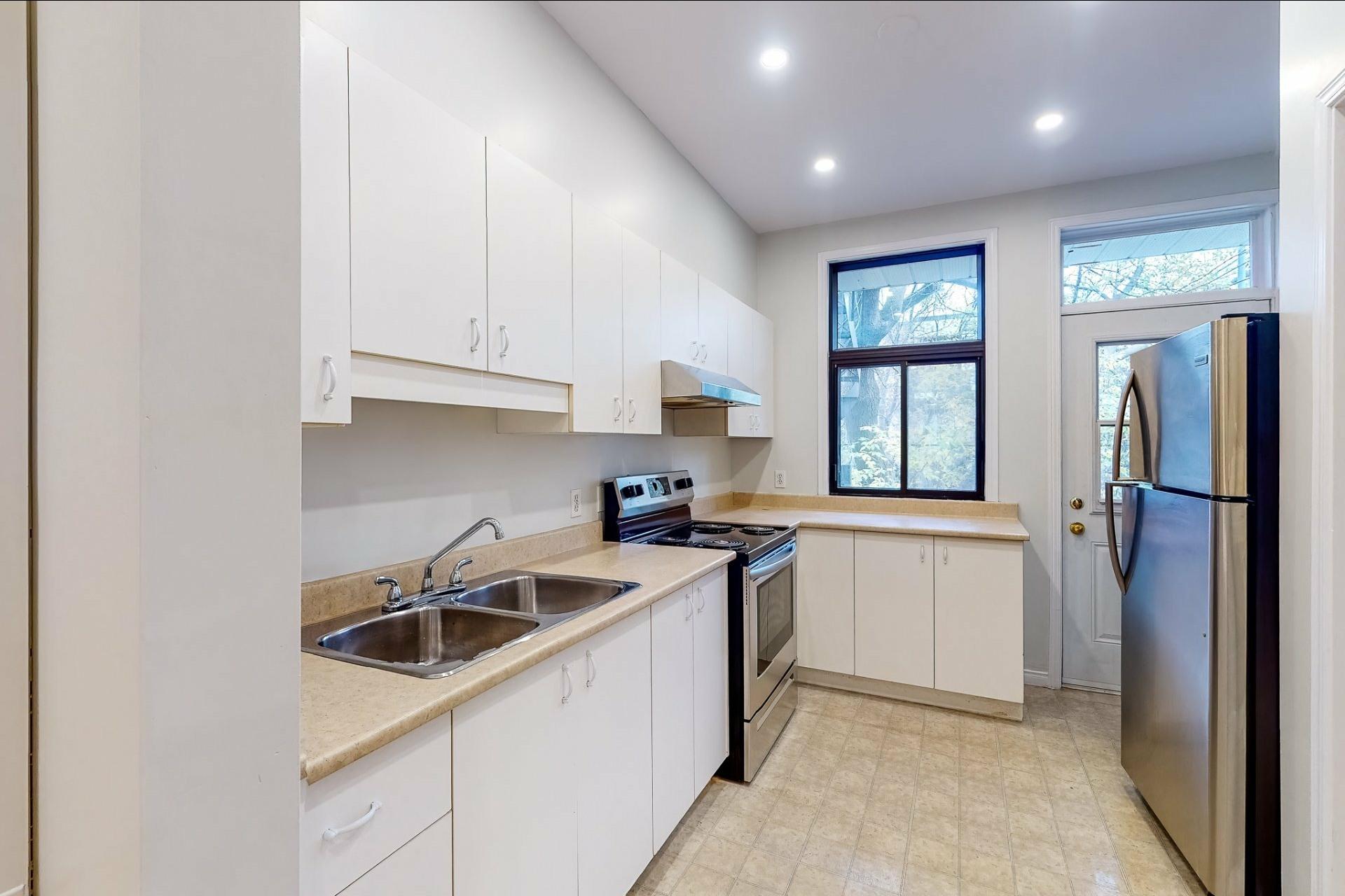 image 8 - Appartement À louer Le Plateau-Mont-Royal Montréal  - 5 pièces