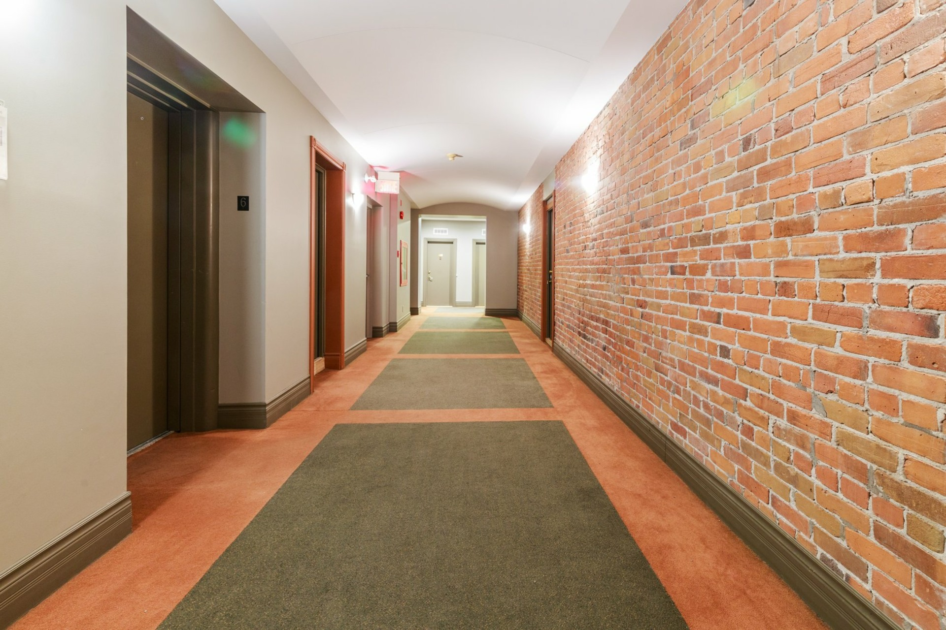 image 14 - Appartement À louer Le Plateau-Mont-Royal Montréal  - 5 pièces