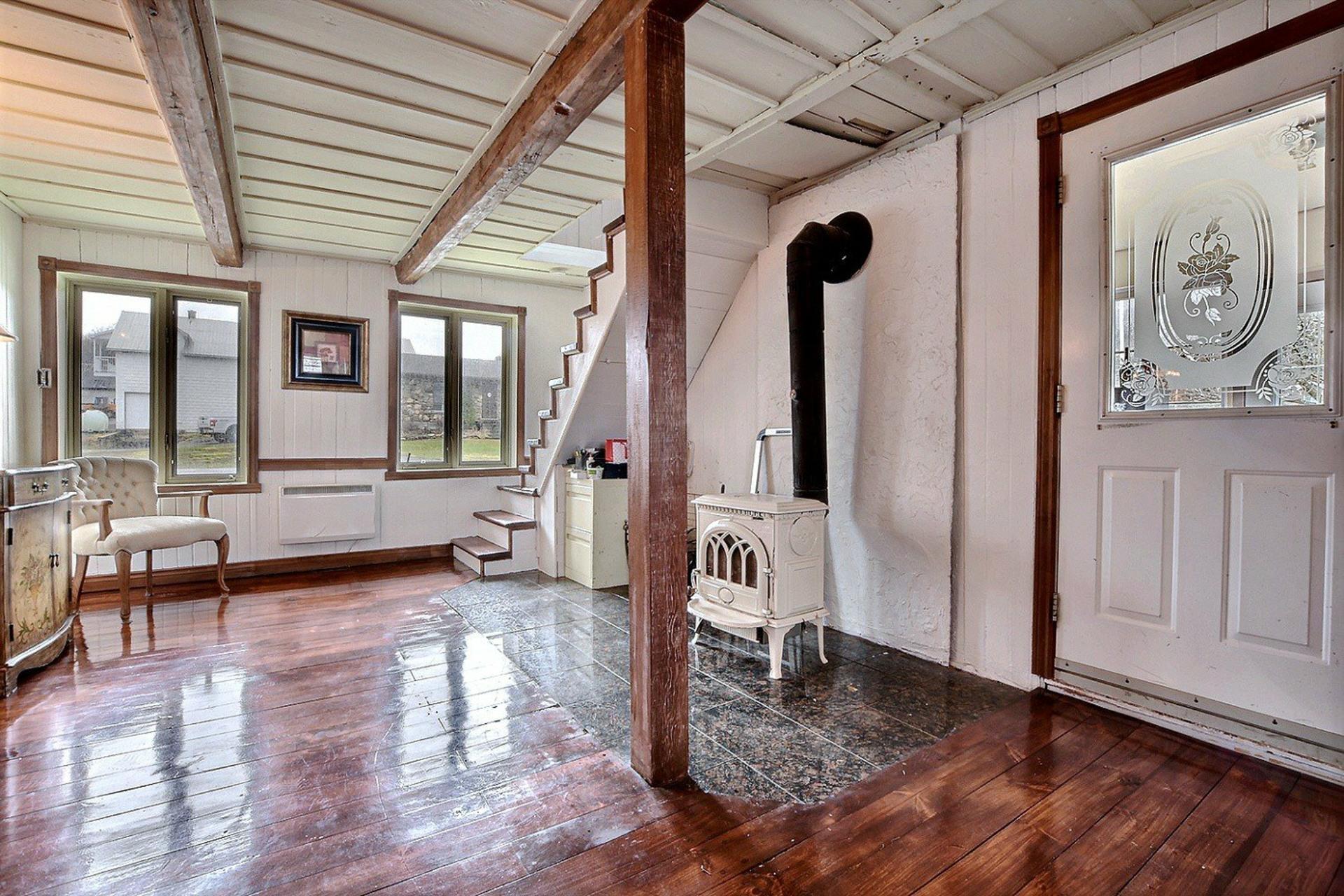 image 4 - Maison À vendre Saint-Joseph-du-Lac - 8 pièces