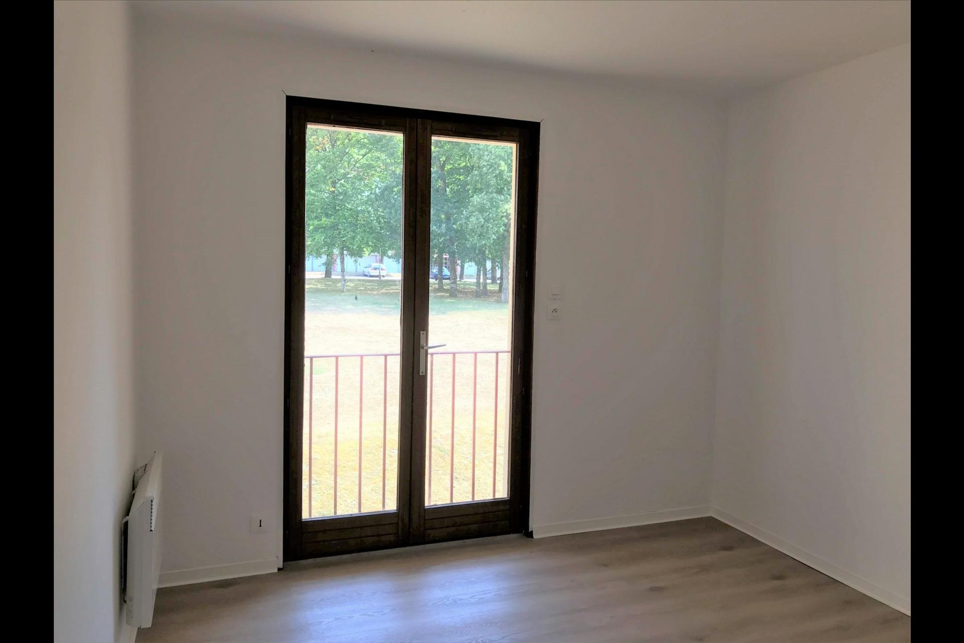 image 4 - Appartement À louer VANDOEUVRE LES NANCY VANDOEUVRE  BRABOIS Plateau de Brabois - 1 pièce