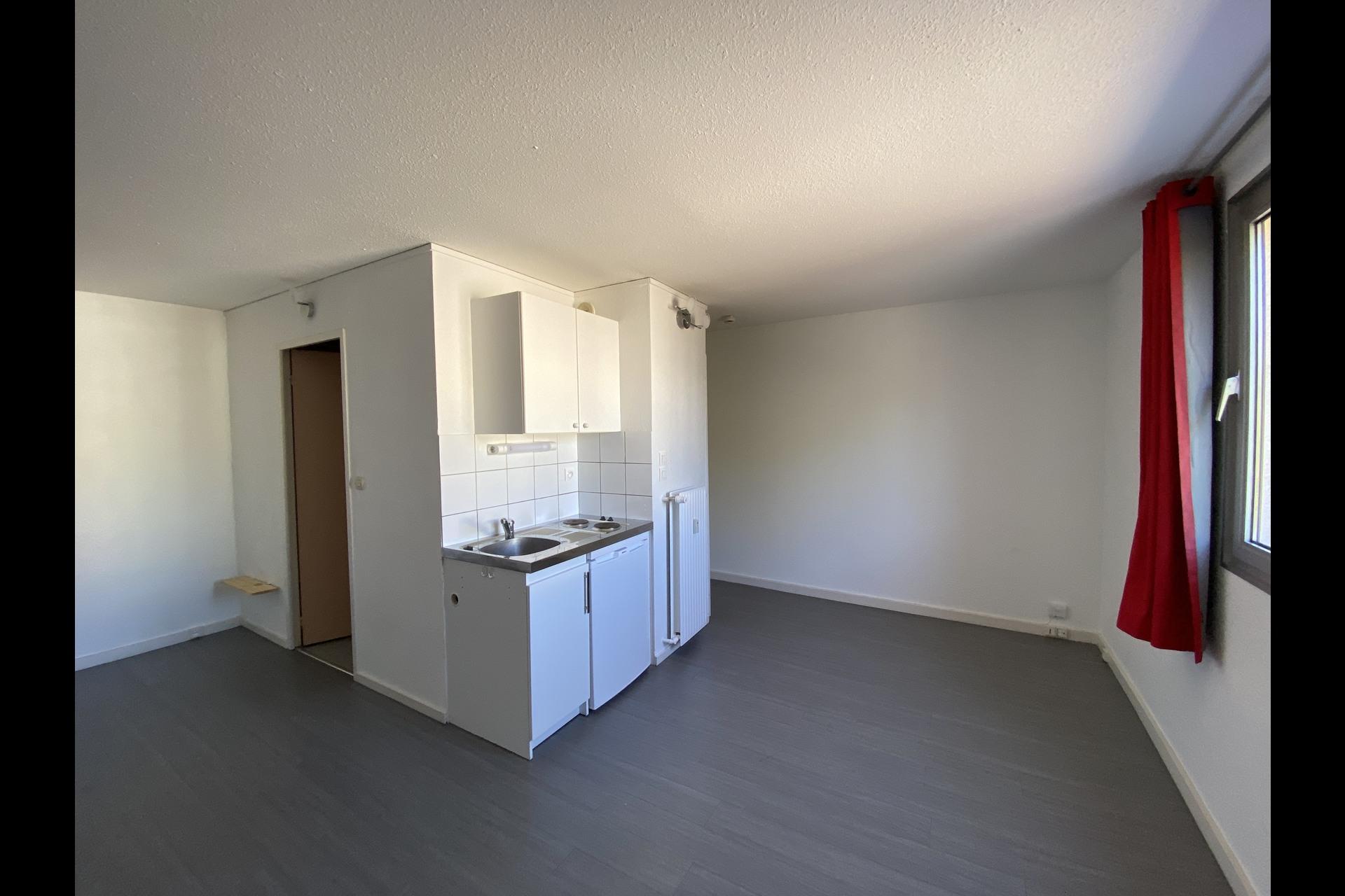 image 1 - Appartement À louer VANDOEUVRE LES NANCY VANDOEUVRE  BRABOIS  - 1 pièce