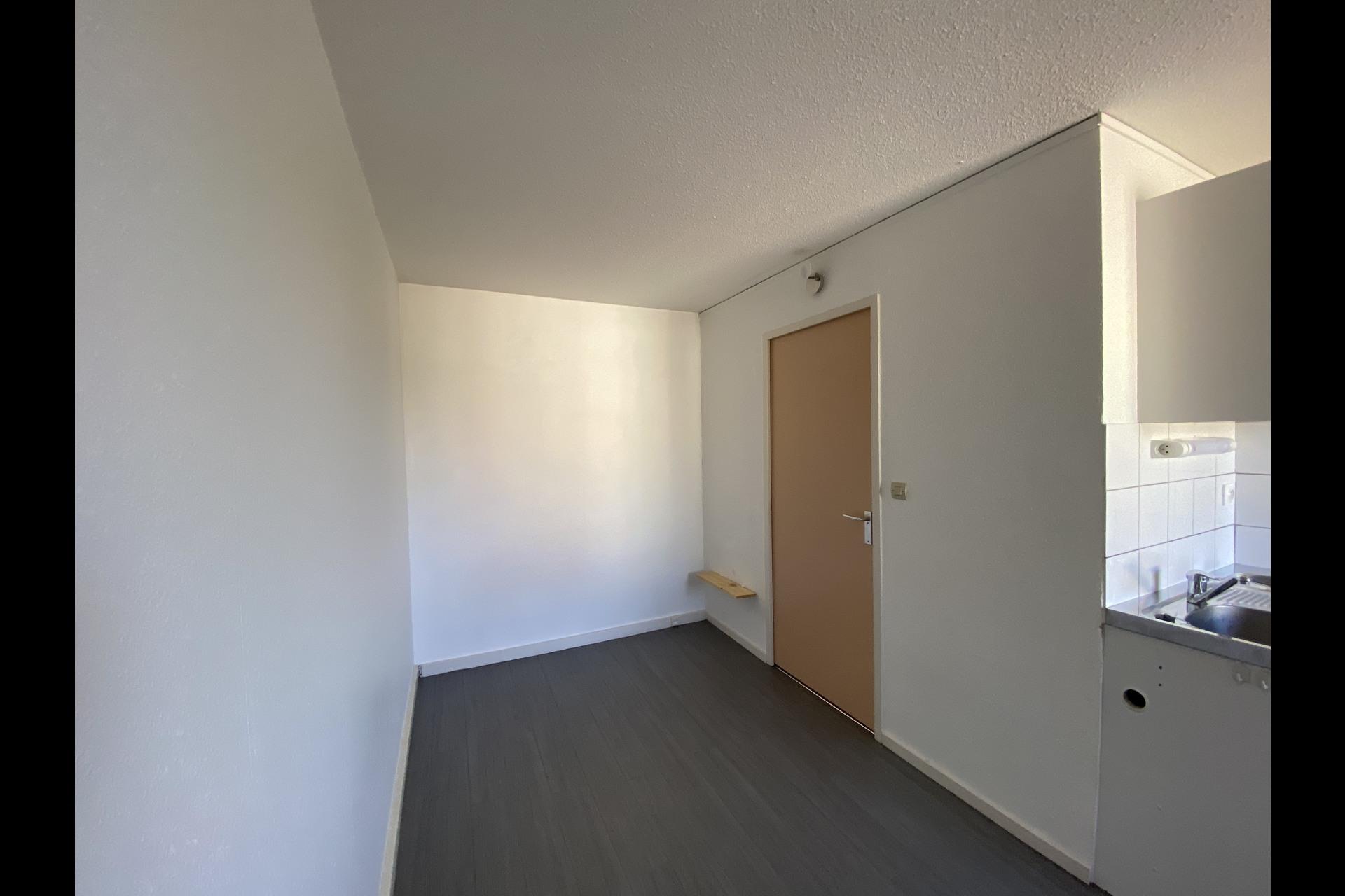 image 4 - Appartement À louer VANDOEUVRE LES NANCY VANDOEUVRE  BRABOIS  - 1 pièce