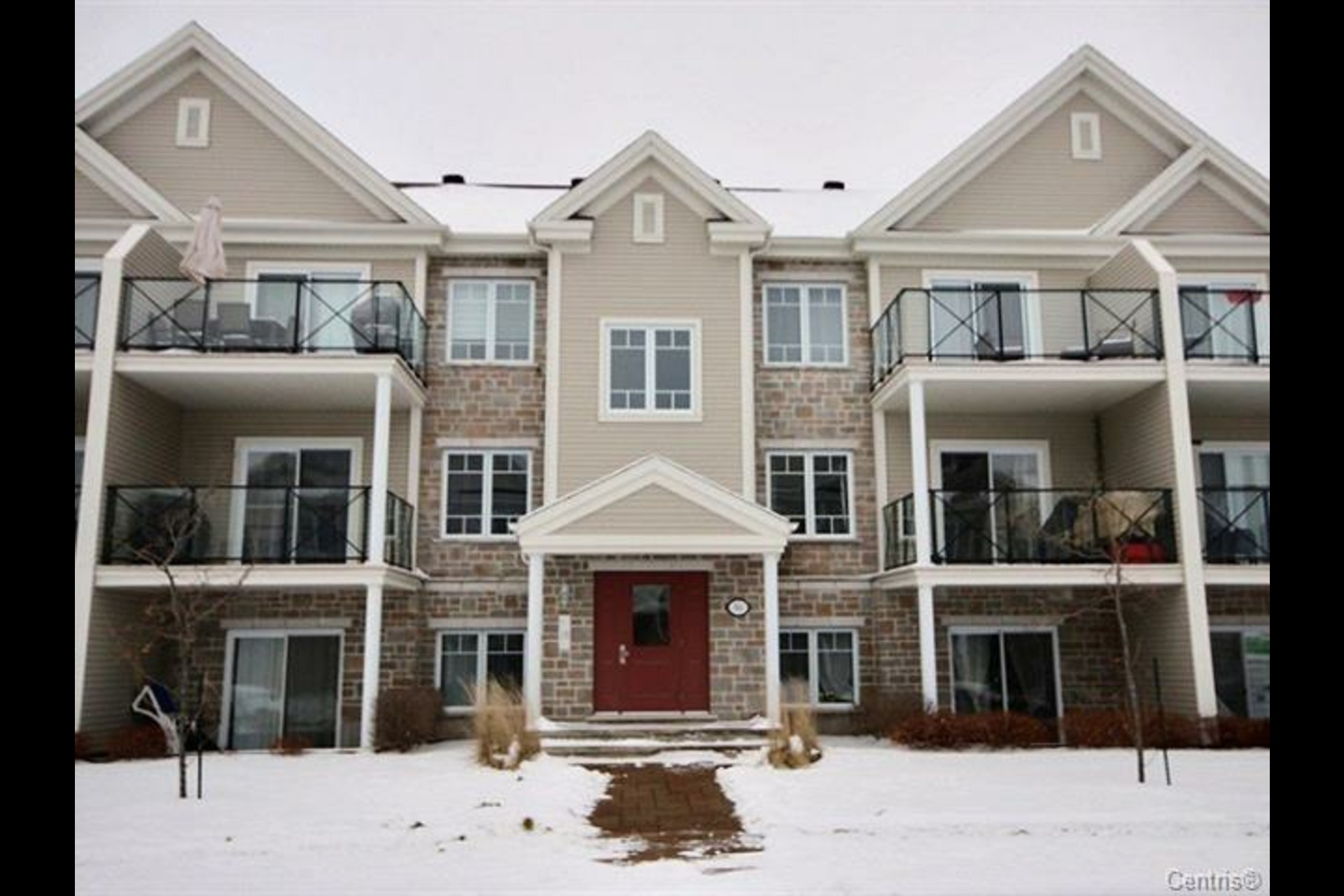 image 0 - Condo For sale Chambly