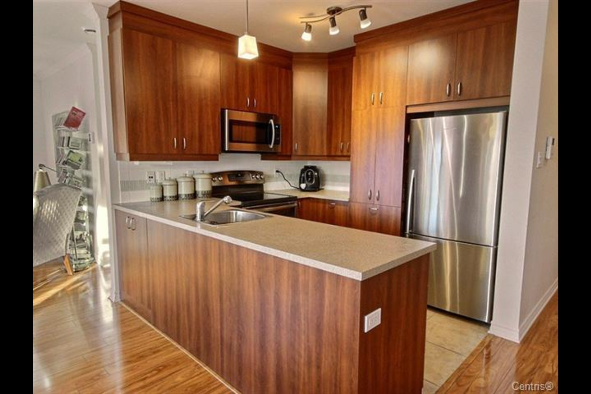 image 4 - Condo For sale Delson - 5 rooms