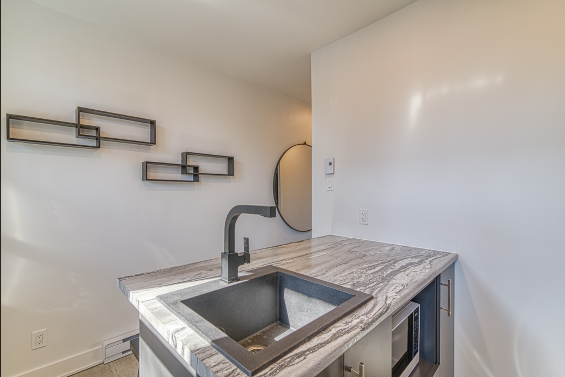 image 9 - Departamento Para alquiler Montréal - 2 habitaciones