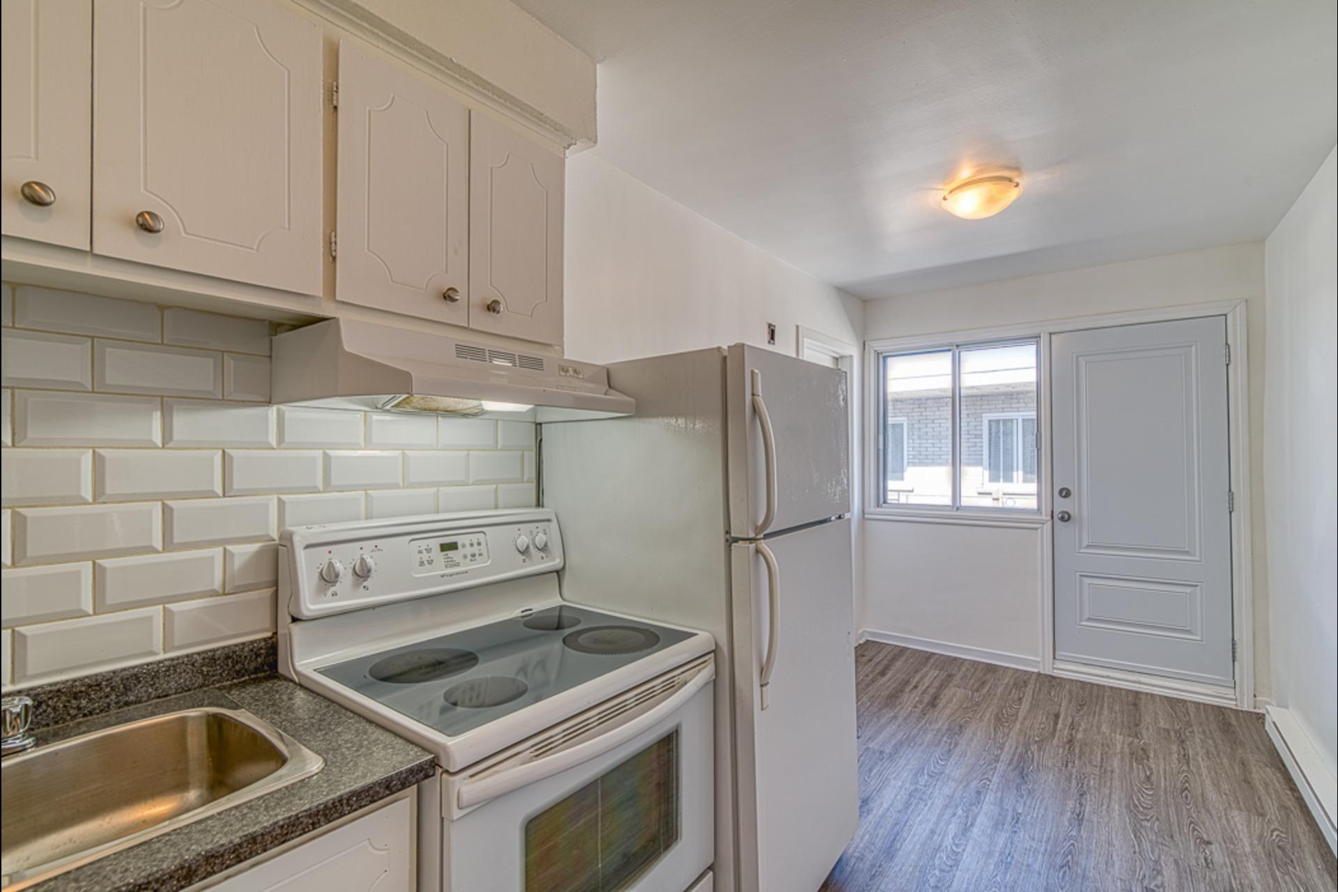 image 12 - Departamento Para alquiler Montréal - 3 habitaciones