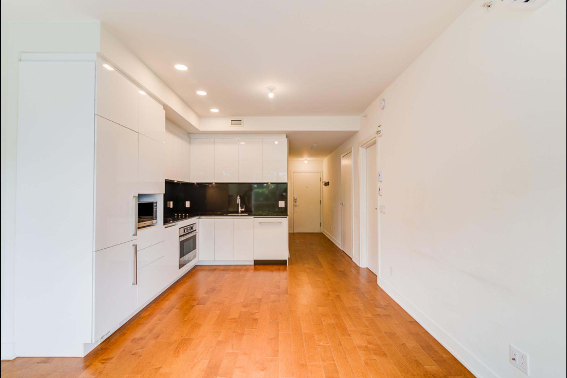 image 3 - 公寓 出租 Montréal